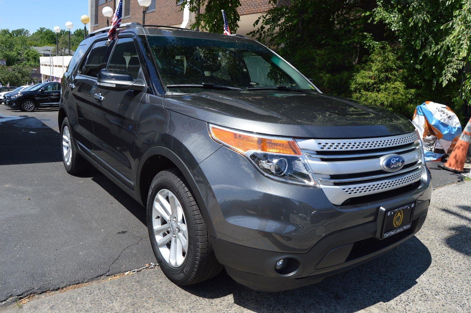 2015 ford explorer xlt stock 4621 for sale near great neck ny ny ford dealer. Black Bedroom Furniture Sets. Home Design Ideas