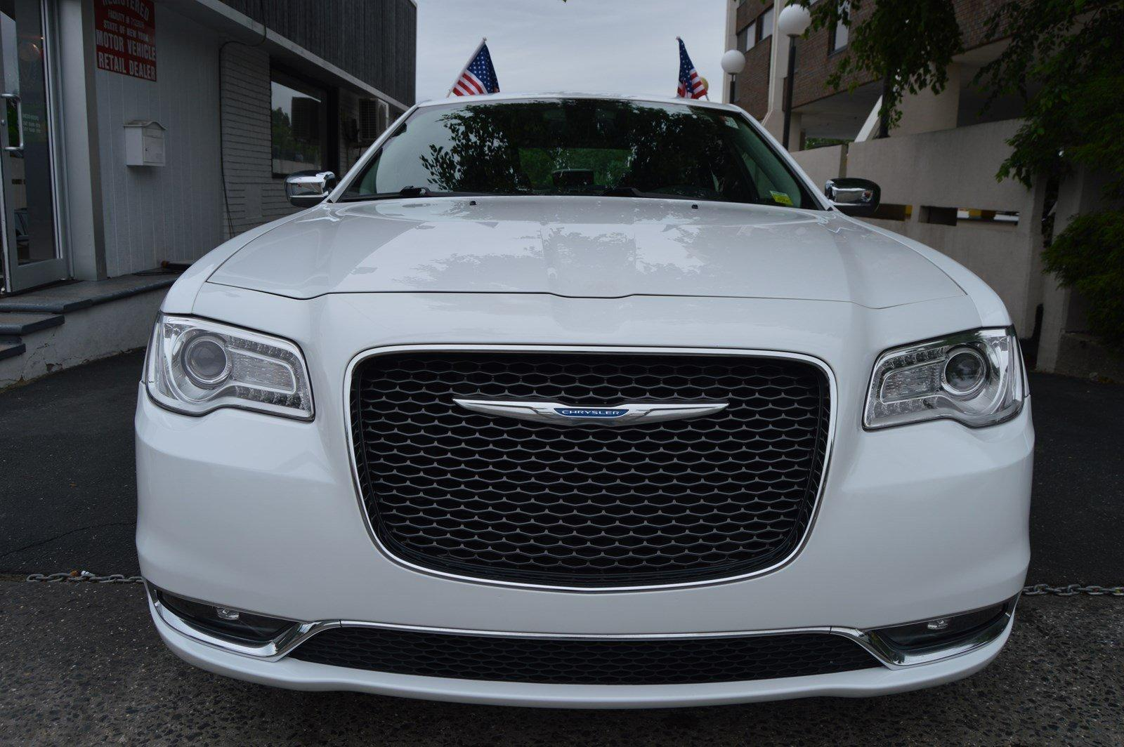 Used-2015-Chrysler-300C