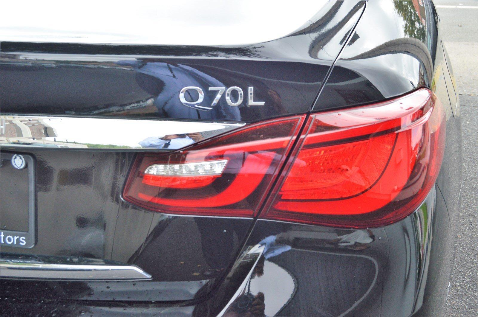 Used-2015-INFINITI-Q70L