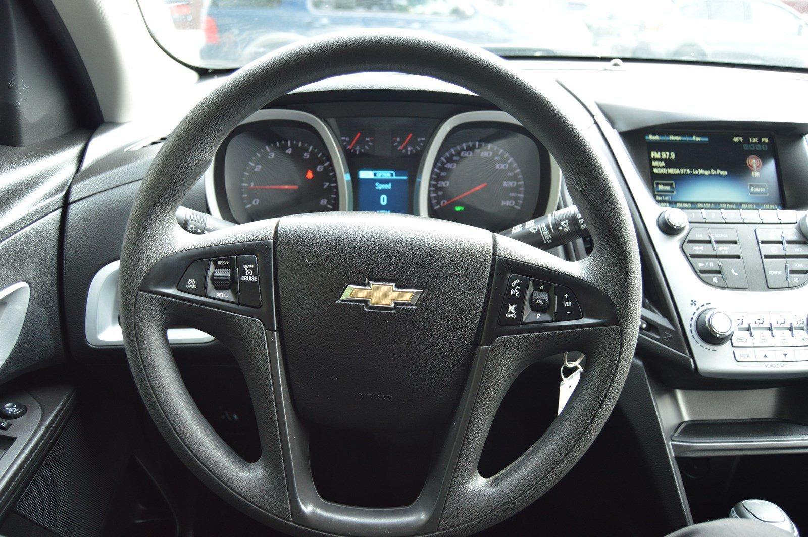 Used-2016-Chevrolet-Equinox-LS
