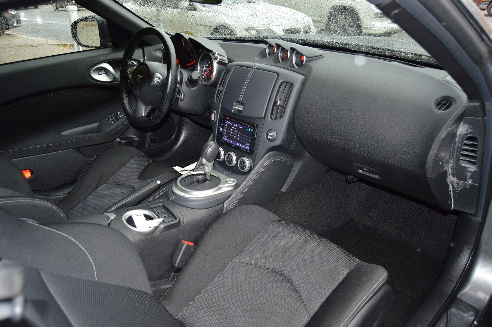 Used-2013-Nissan-370Z
