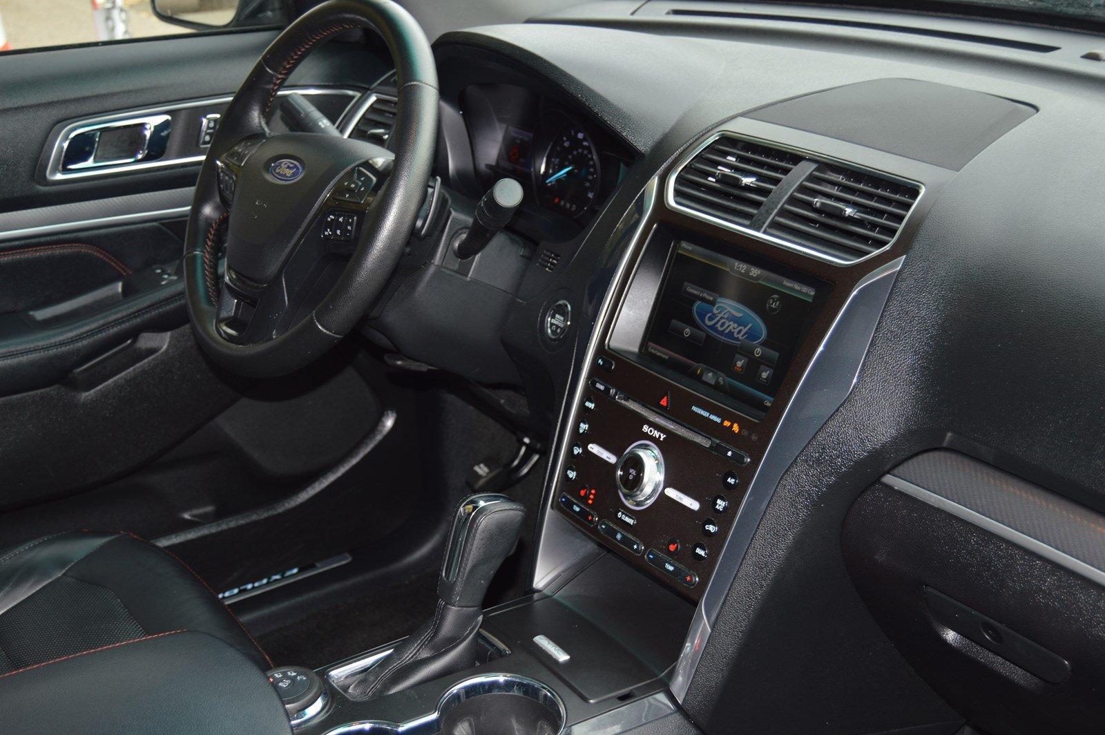 Used-2016-Ford-Explorer-Sport