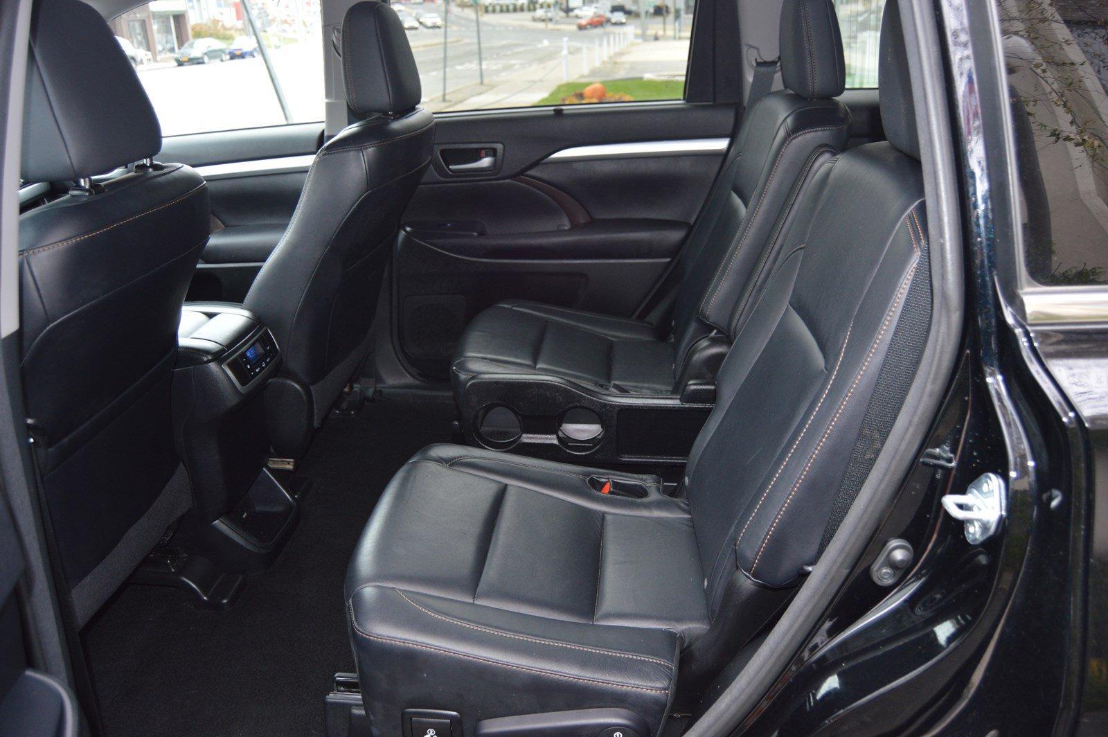 Used-2015-Toyota-Highlander-XLE-(Navi/-Leather)