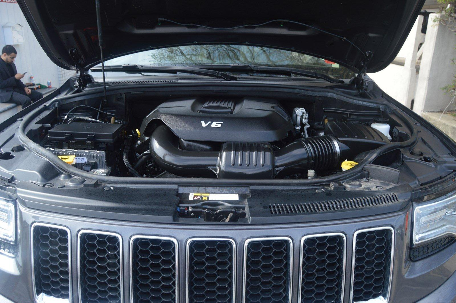 Used-2015-Jeep-Grand-Cherokee-Overland