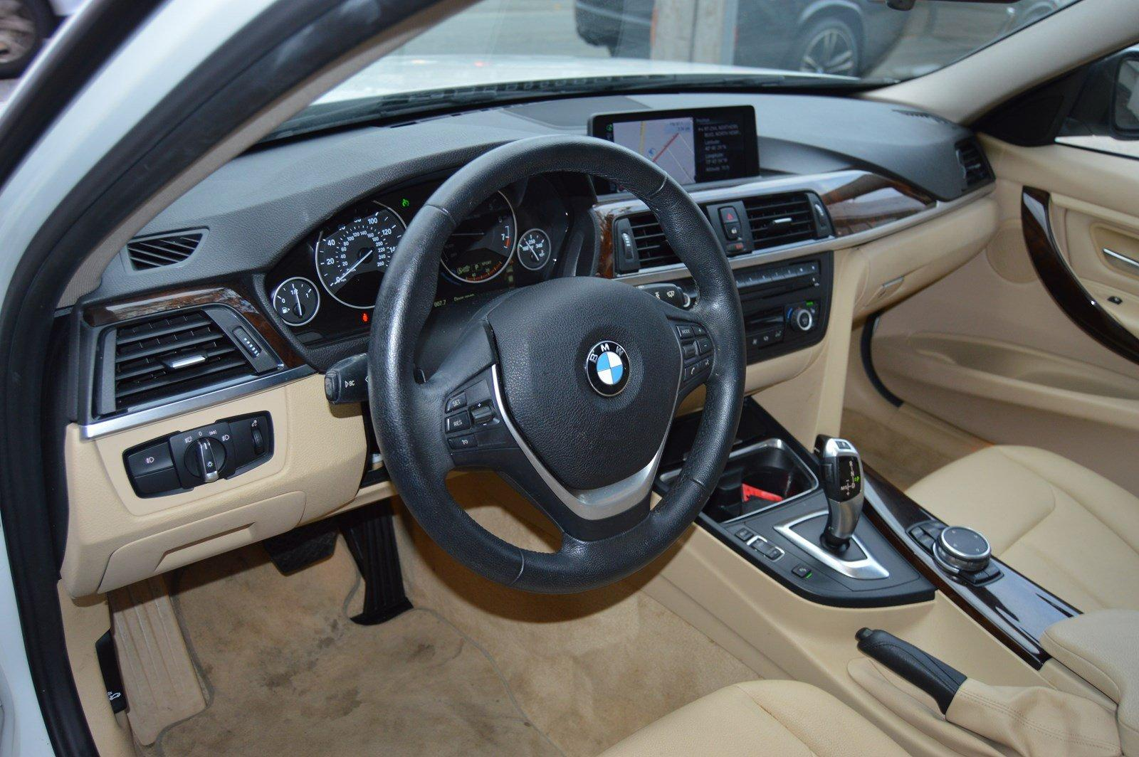 Used-2015-BMW-3-Series-328i-xDrive