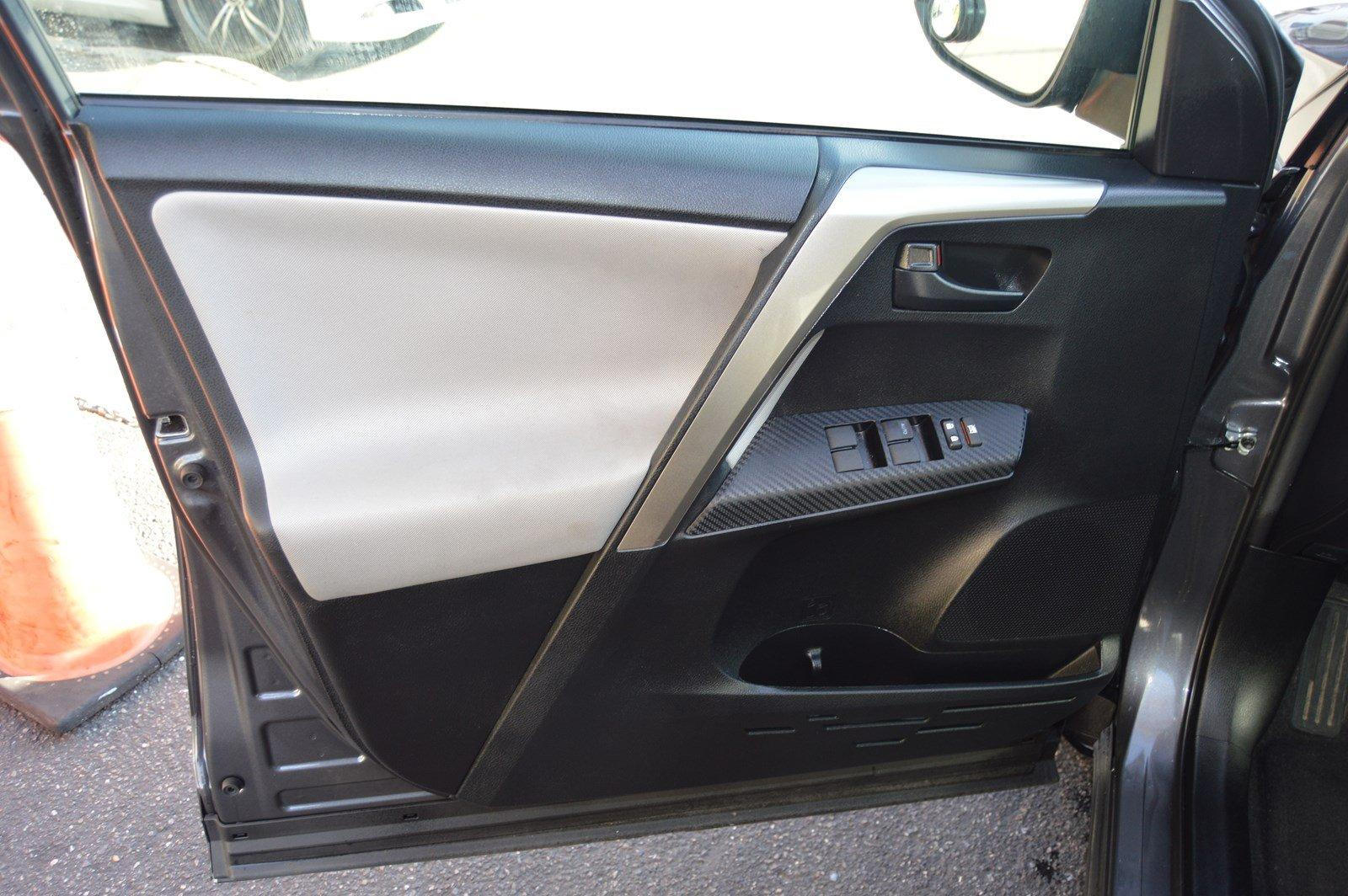 Used-2015-Toyota-RAV4-LE