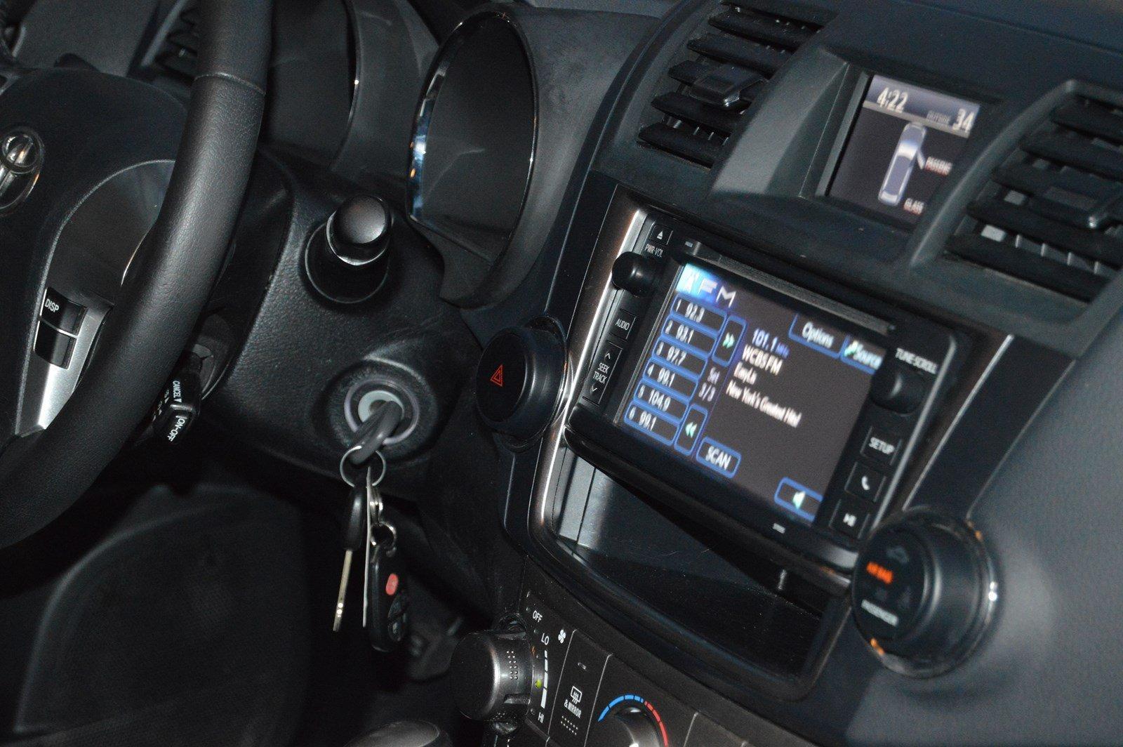 Used-2013-Toyota-Highlander-SE