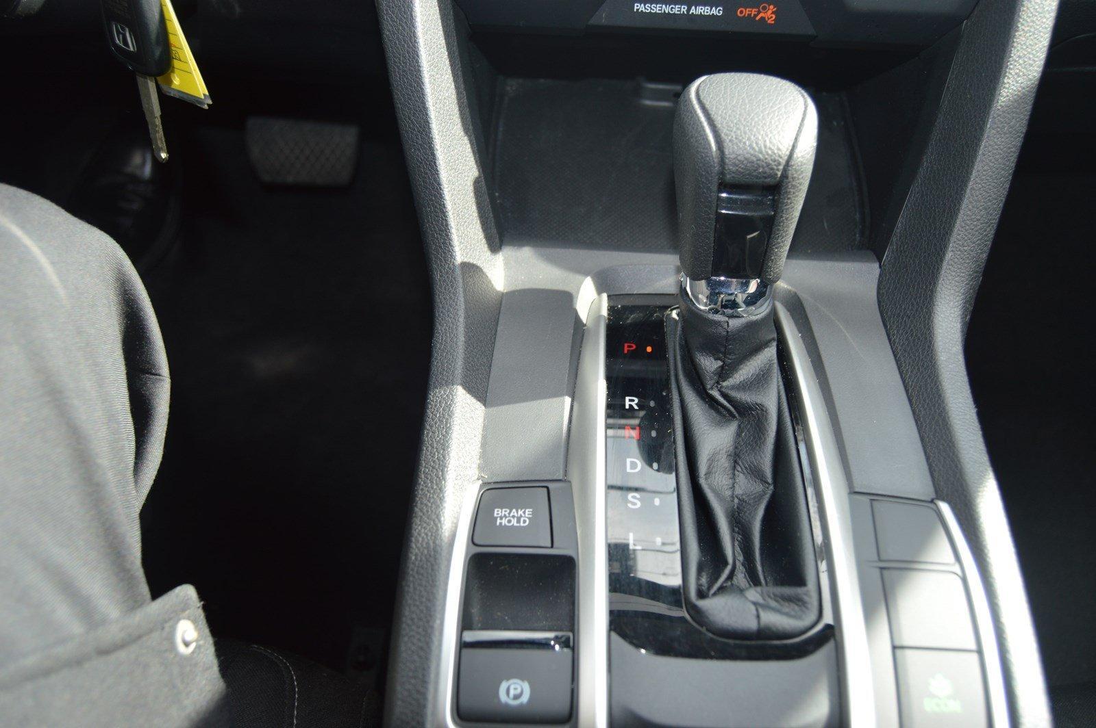 Used-2017-Honda-Civic-Sedan-LX