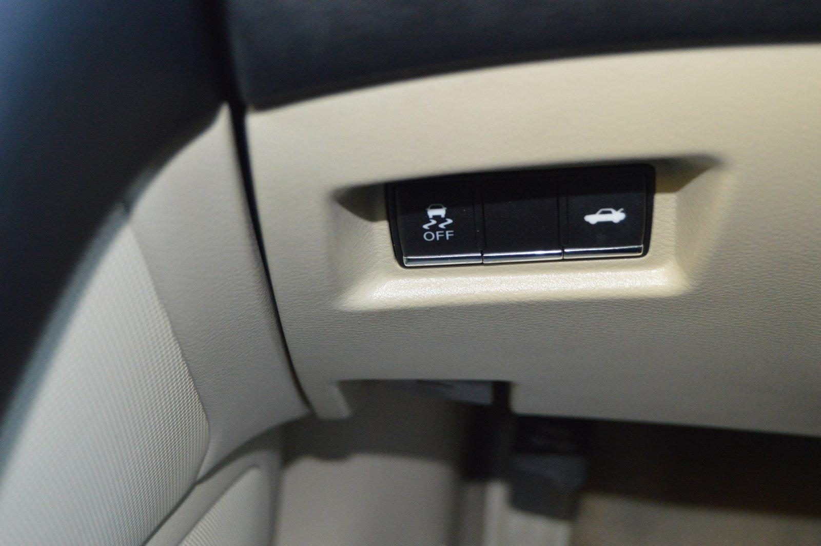 Used-2015-INFINITI-Q50-Premium