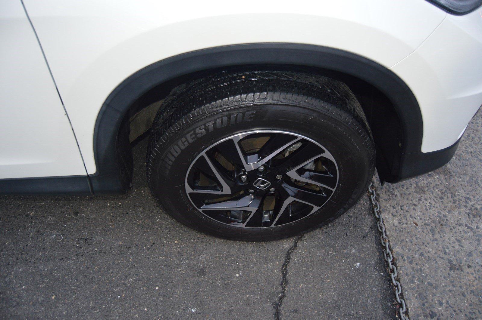 Used-2016-Honda-CR-V-SE