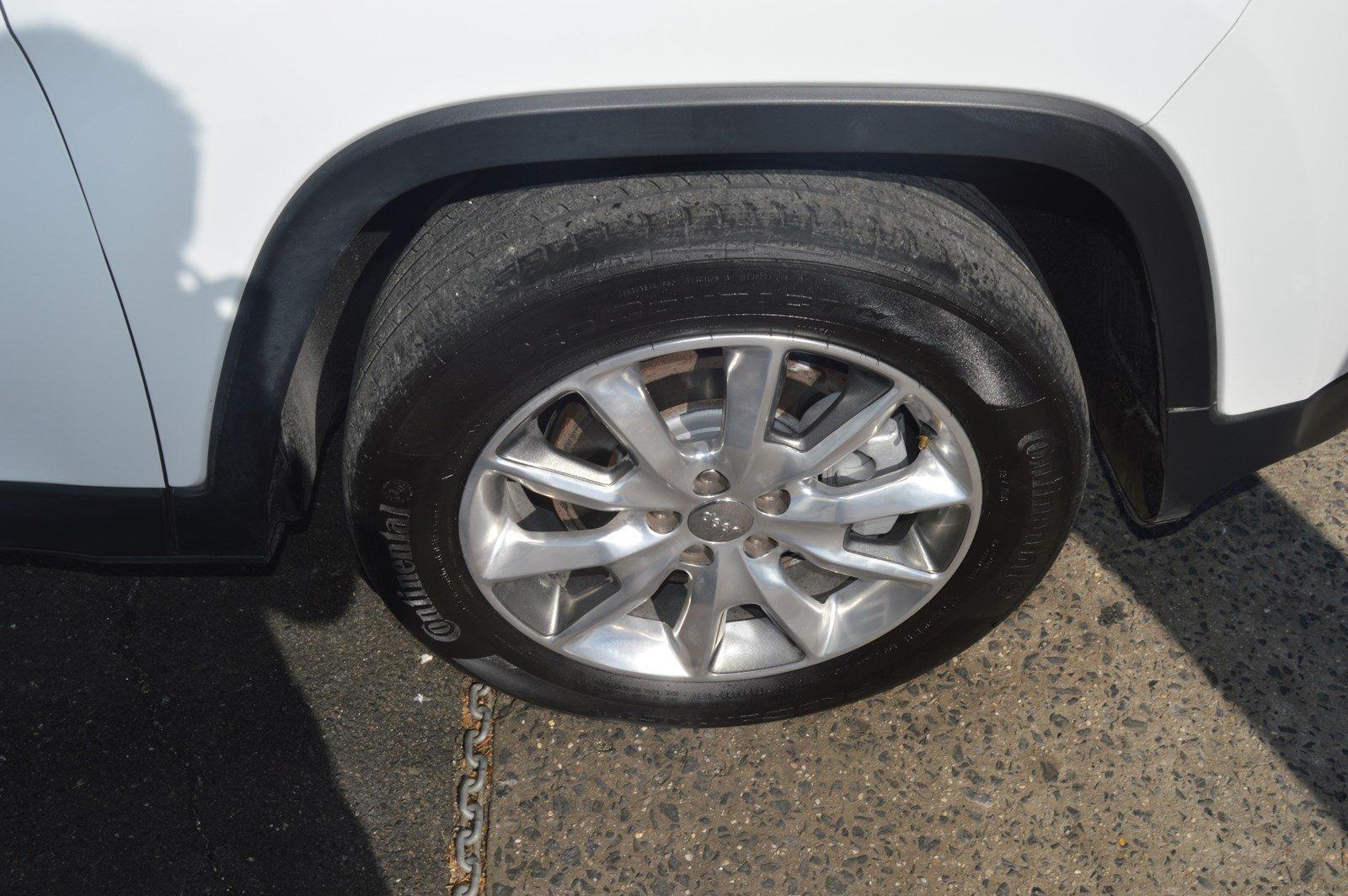 Used-2014-Jeep-Cherokee-Limited