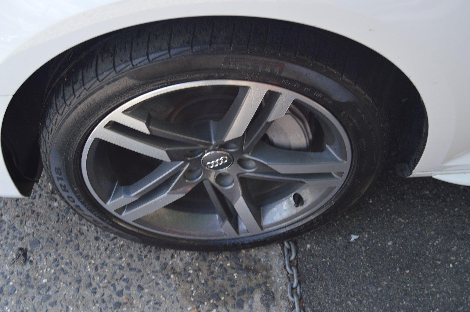Used-2016-Nissan-Rogue-SV-(Navi,-Pano-Roof)