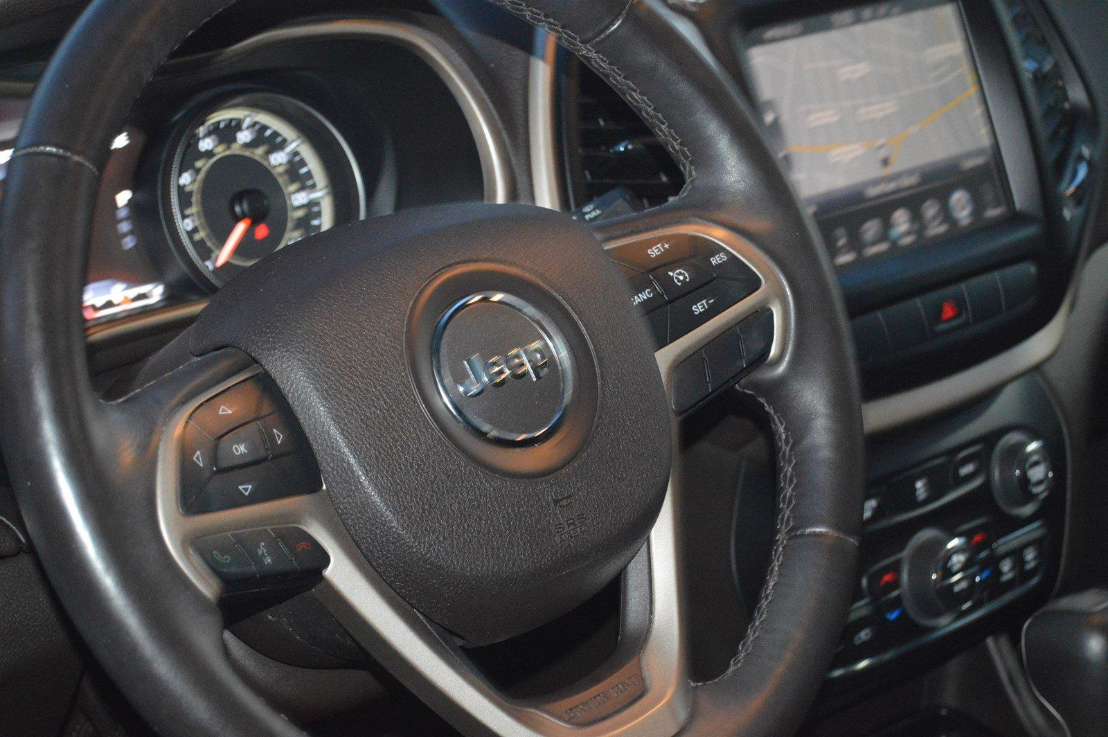 Used-2014-Jeep-Cherokee-Trailhawk