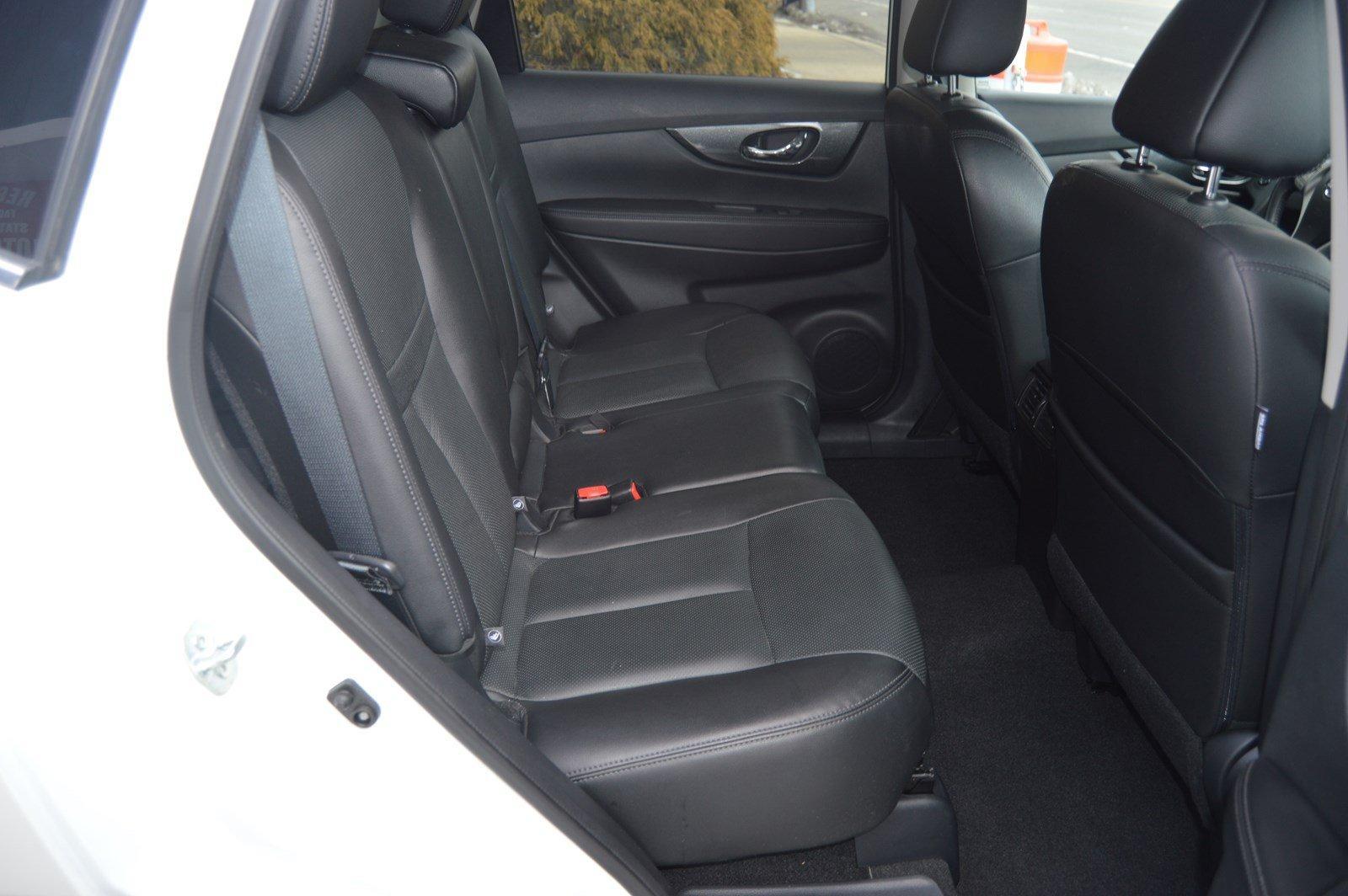 Used-2016-Nissan-Rogue-SL-Awd-(Navi,-Pano-Roof)