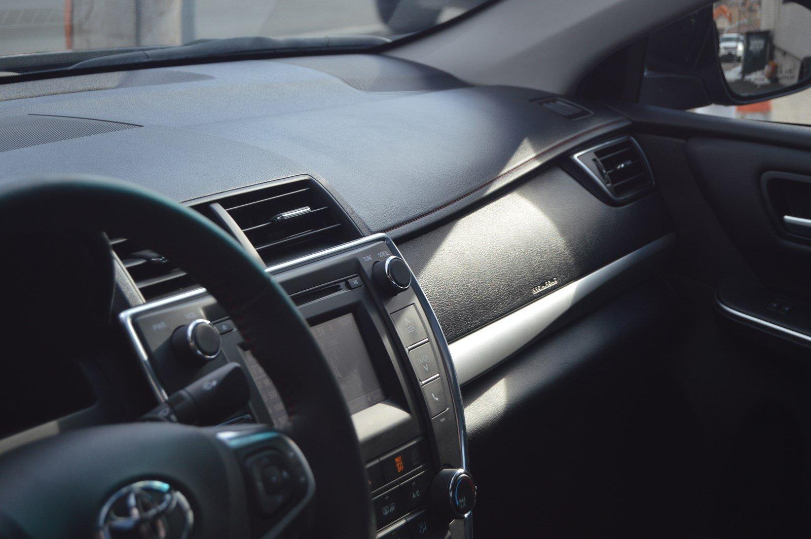 Used-2017-Toyota-Camry-SE