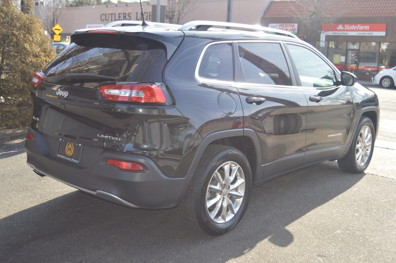Used-2016-Jeep-Cherokee-Limited-(Navi,Sunroof)
