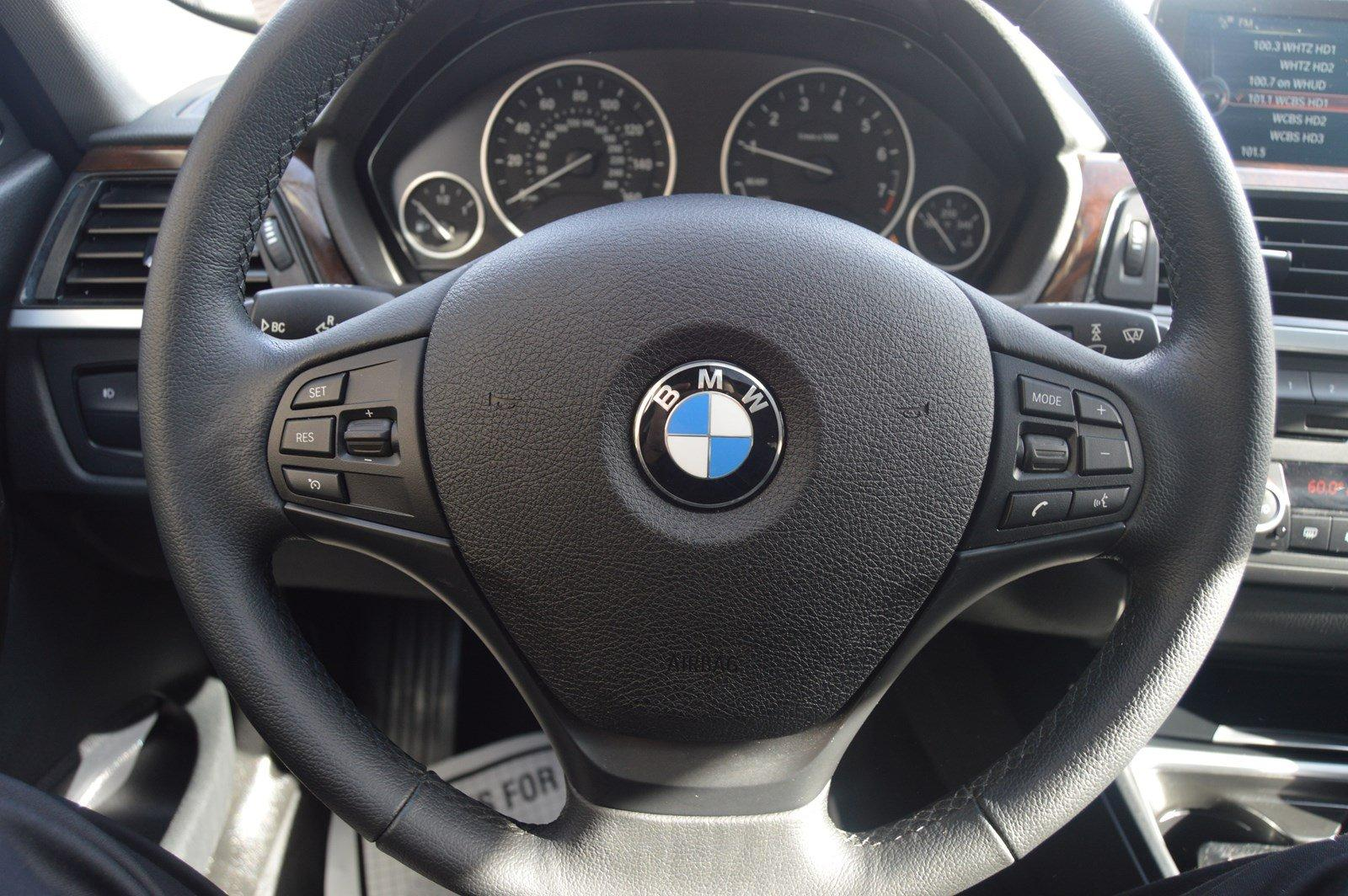 Used-2015-BMW-3-Series-320i
