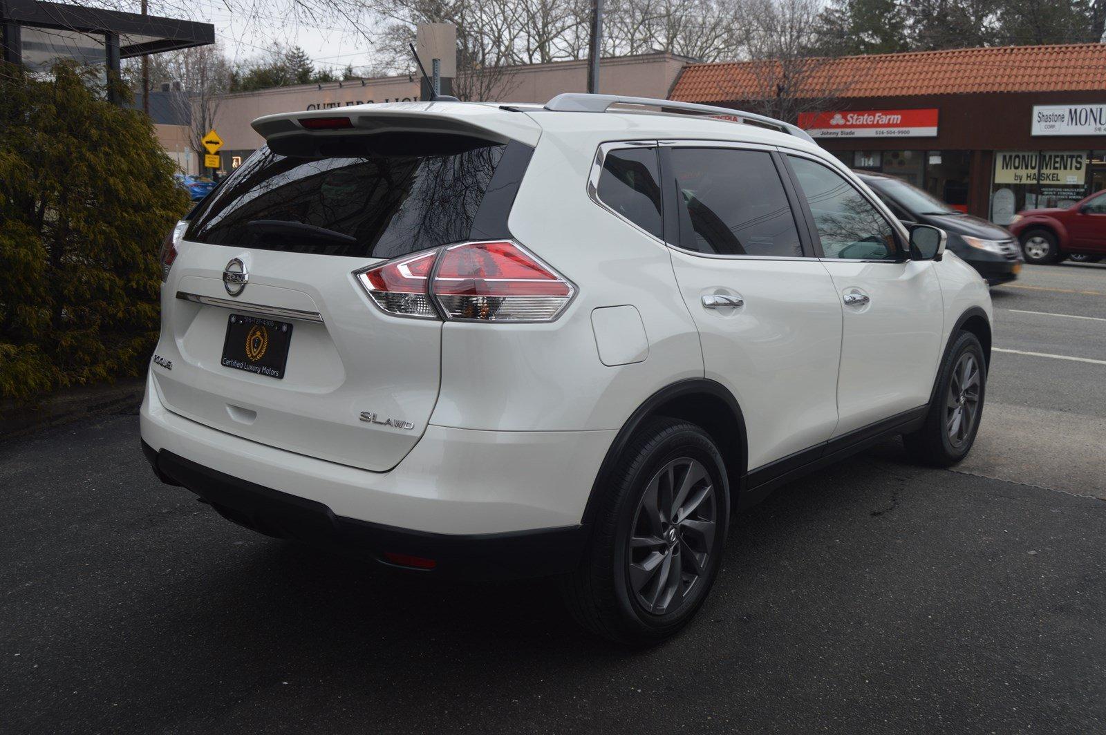 Used-2016-Nissan-Rogue-SL-(NAVI,-PANO-ROOF)