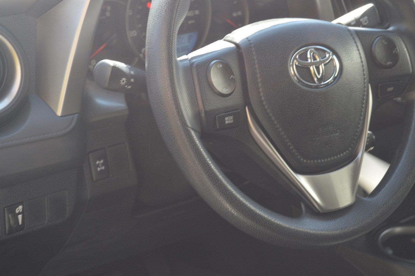 Used-2016-Toyota-RAV4-LE