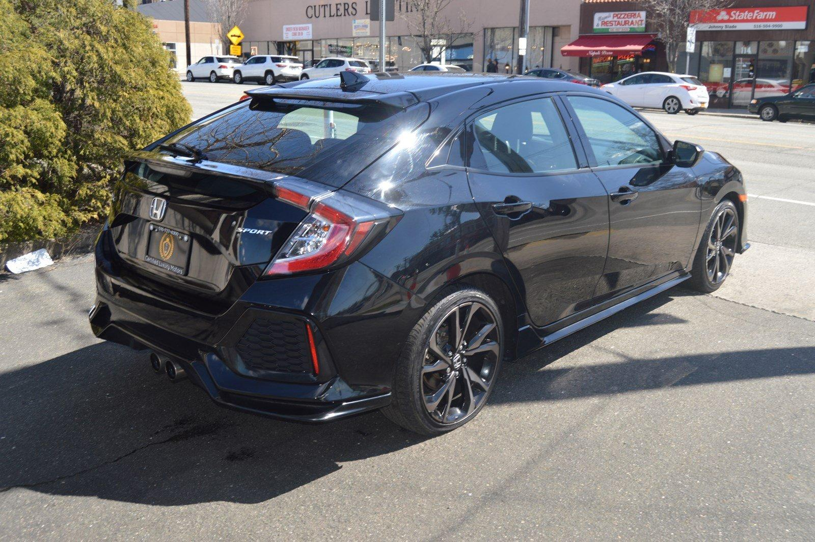 Used-2017-Honda-Civic-Hatchback-Sport