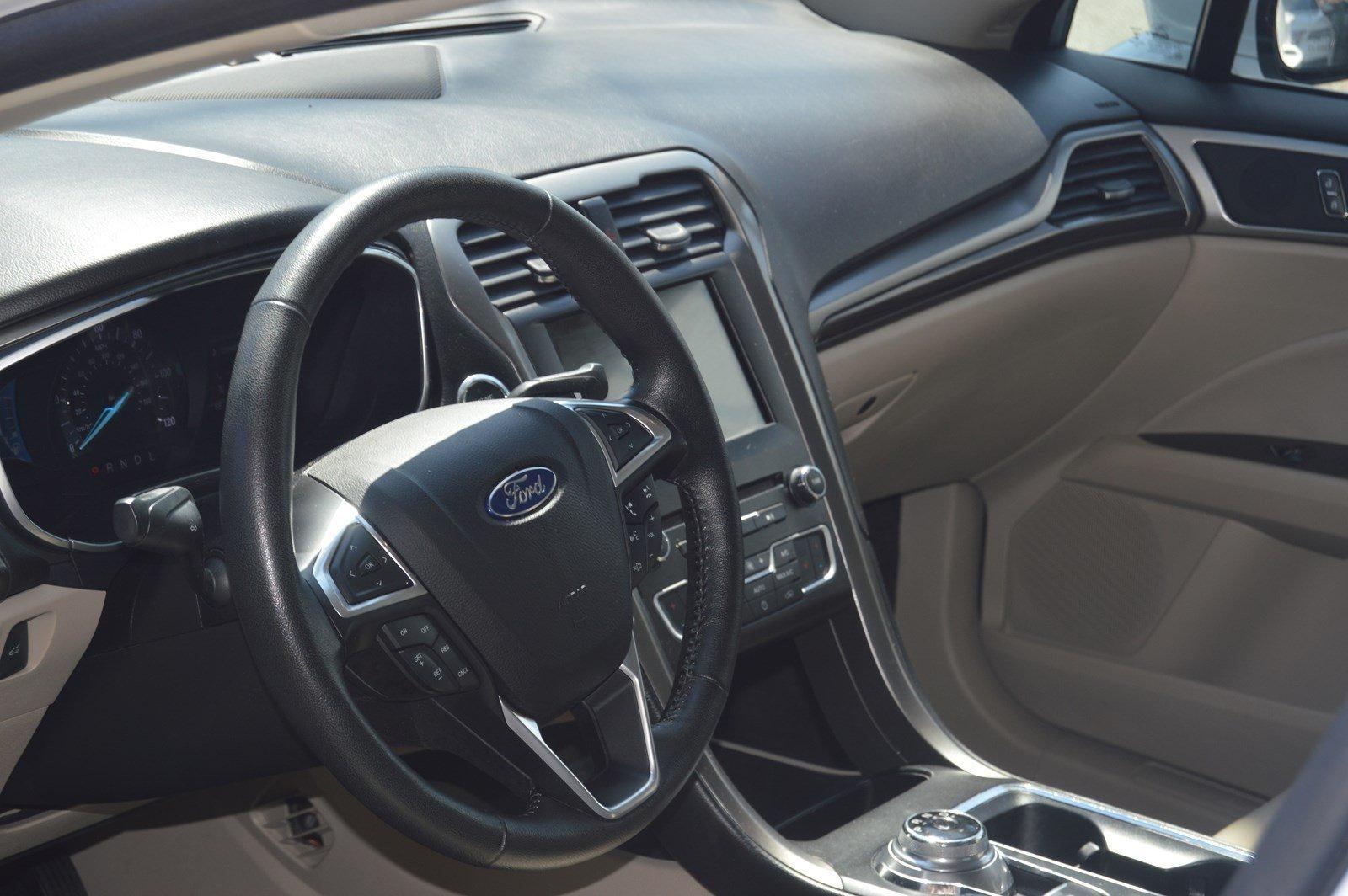 Used-2017-Ford-Fusion-Energi-SE