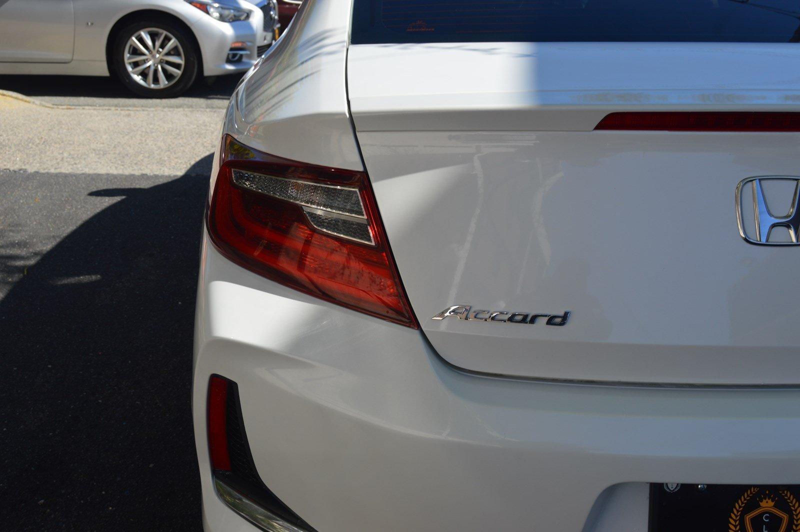 Used-2016-Honda-Accord-Coupe-EX