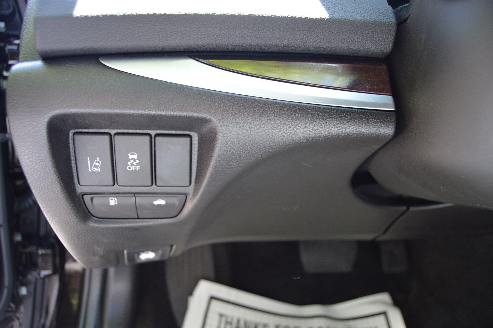 Used-2016-Acura-TLX-Tech
