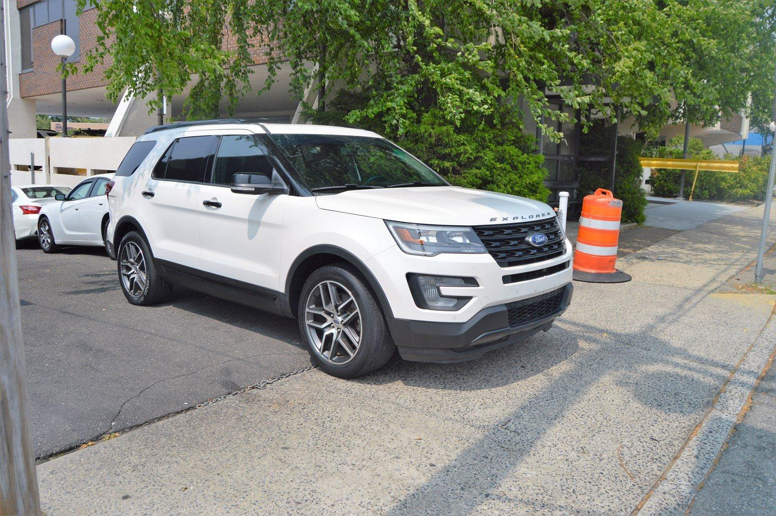 Used-2016-Ford-Explorer-Sport