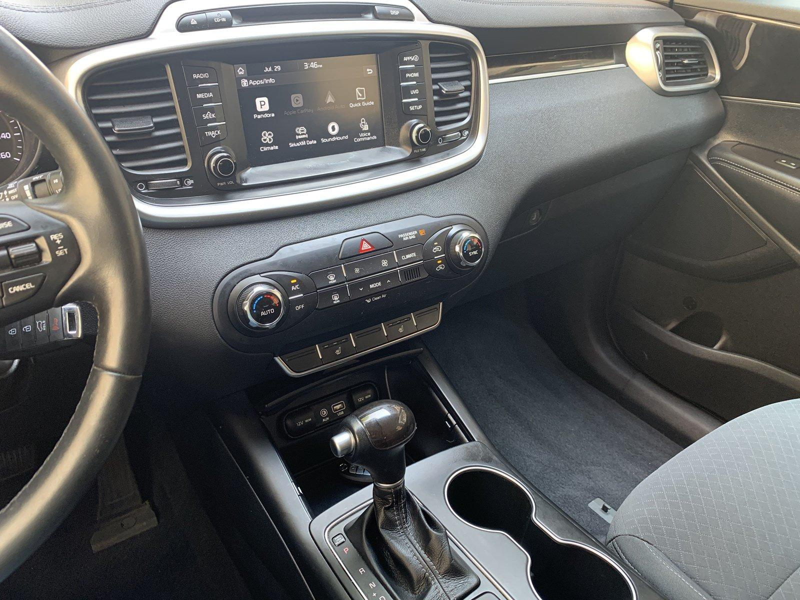 Used-2017-Kia-Sorento-LX