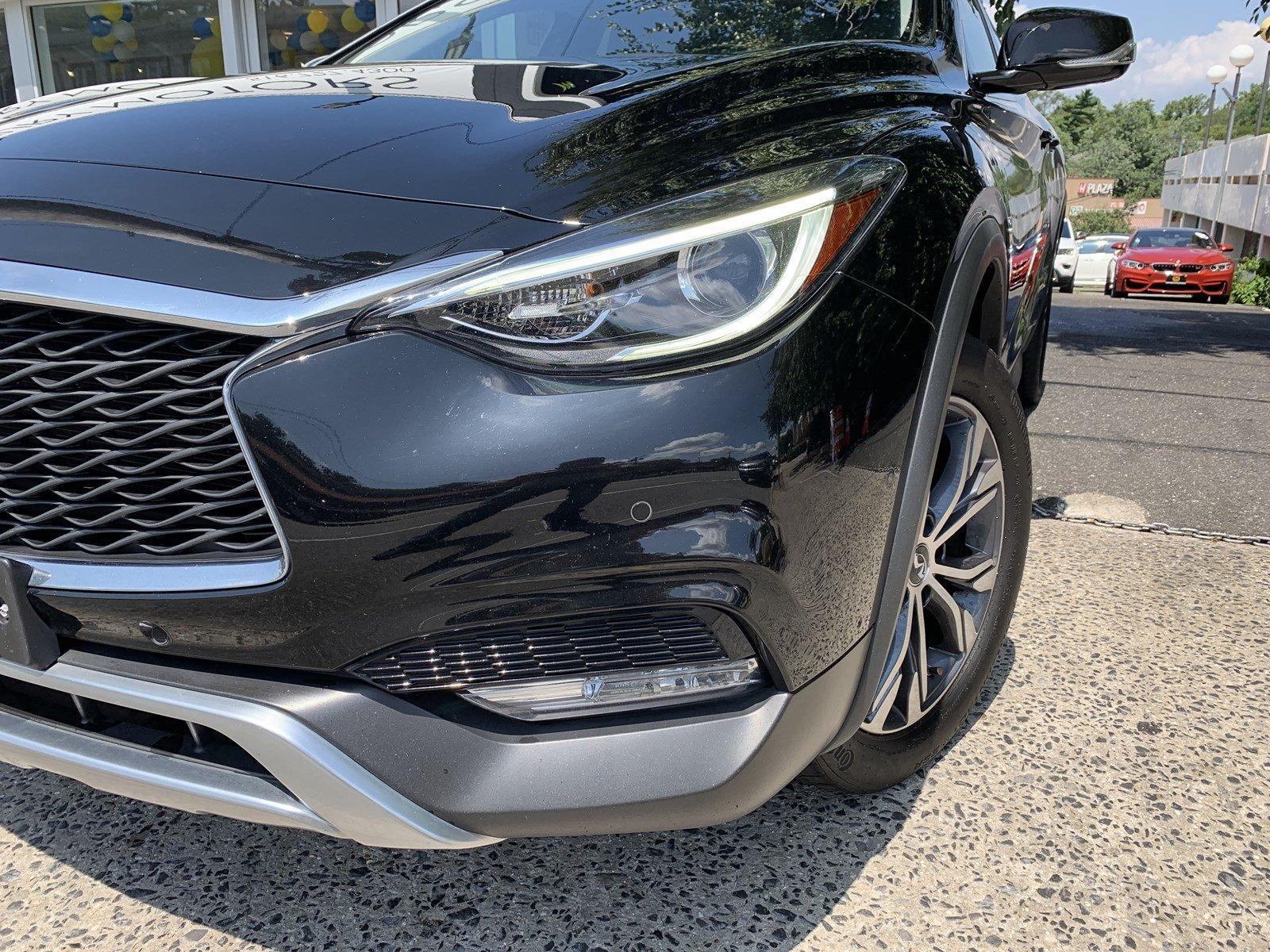 Used-2017-INFINITI-QX30-Premium
