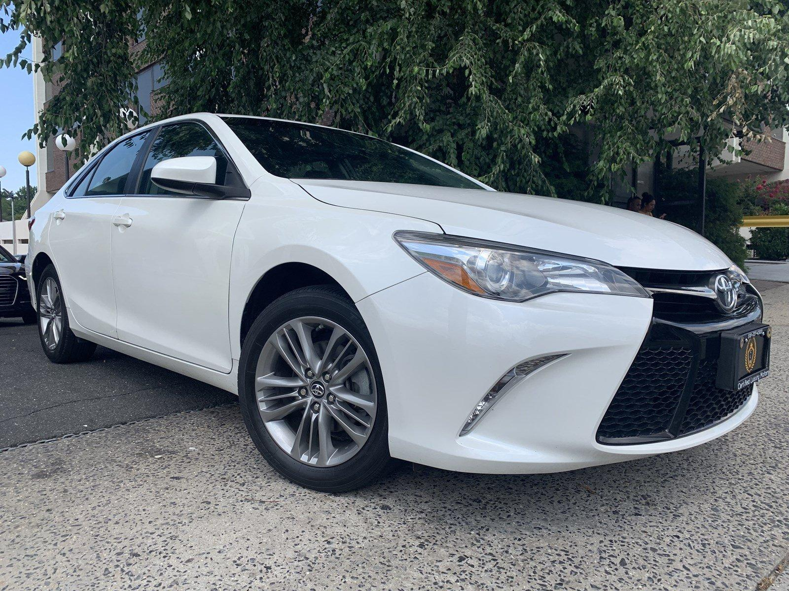 Used-2017-Toyota-Camry-SE