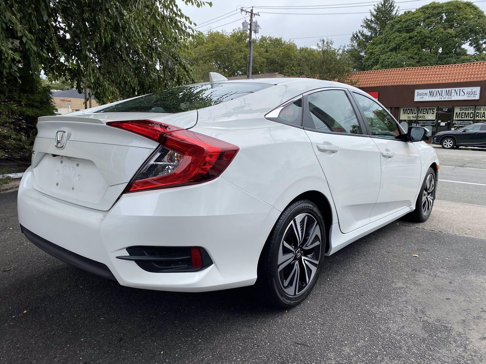 Used-2017-Honda-Civic-Sedan-EX-L