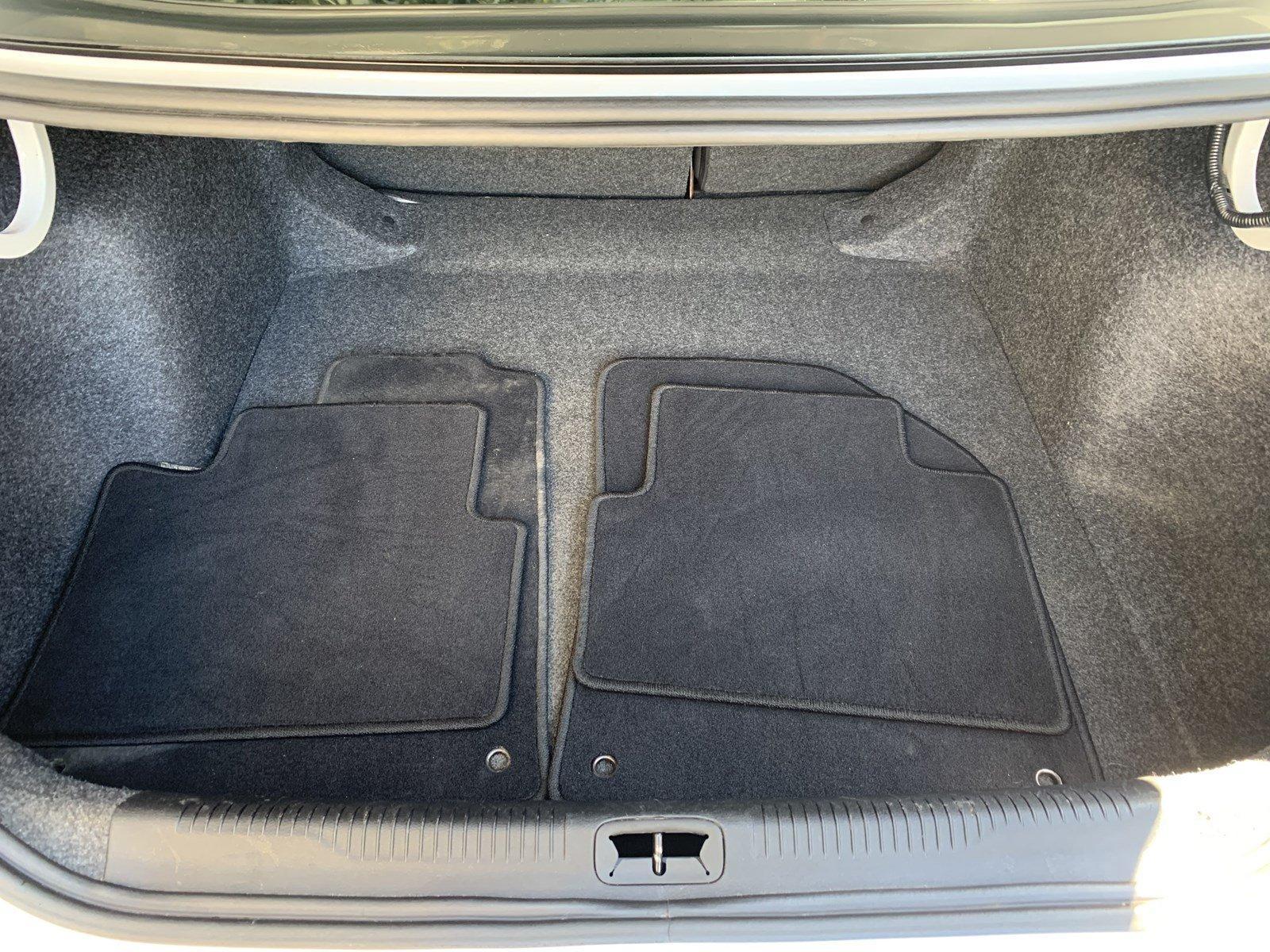 Used-2015-Chrysler-200-S