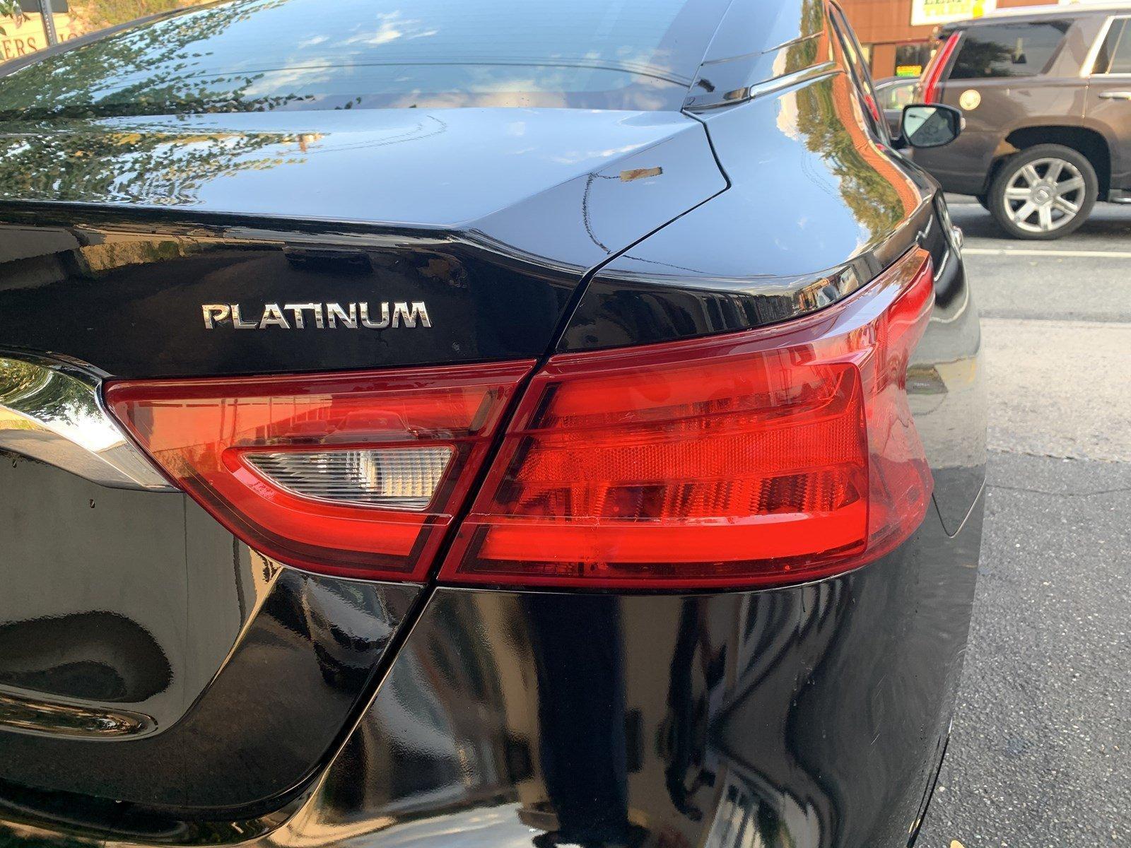 Used-2017-Nissan-Maxima-Platinum