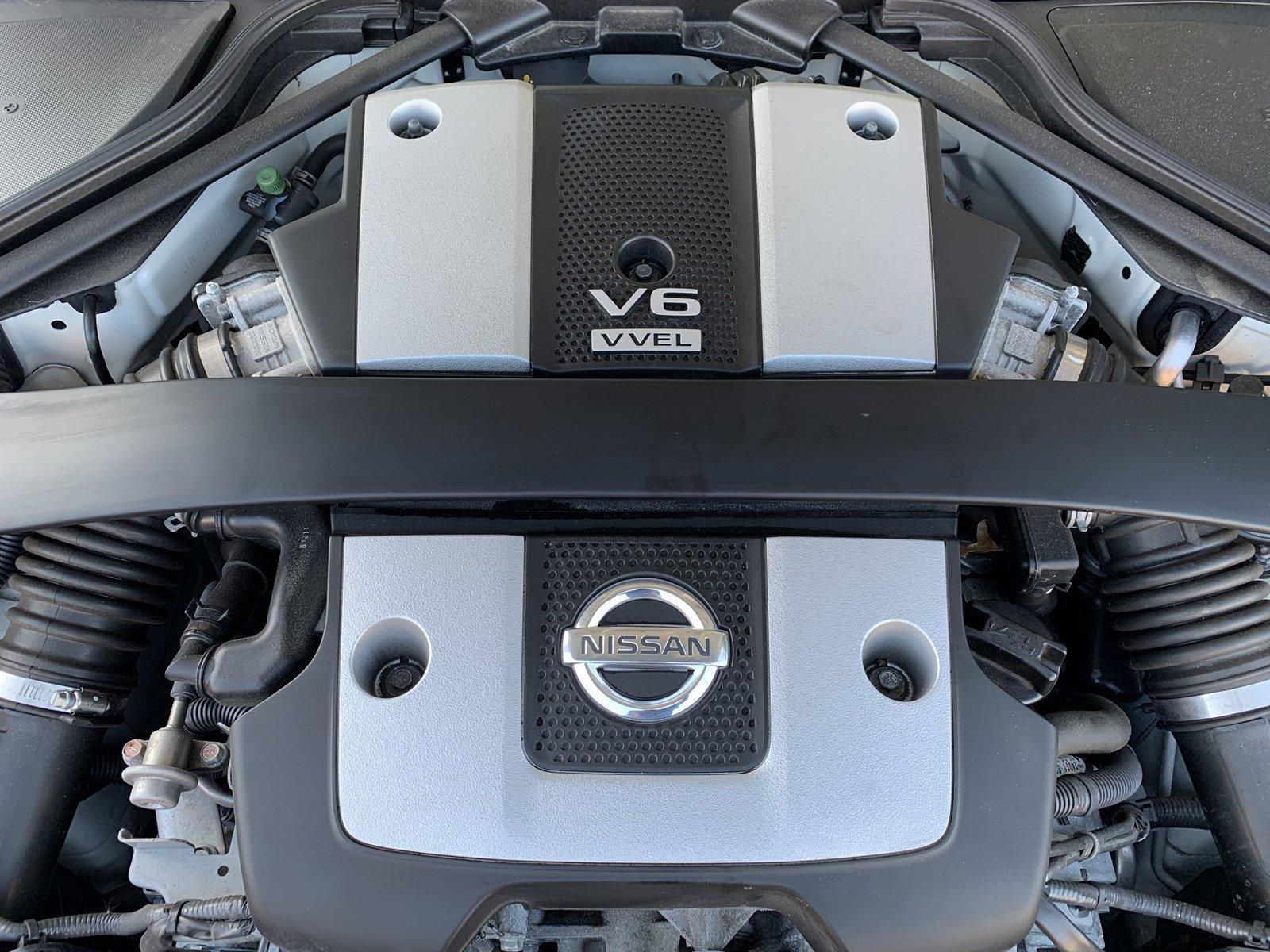 Used-2014-Nissan-370Z
