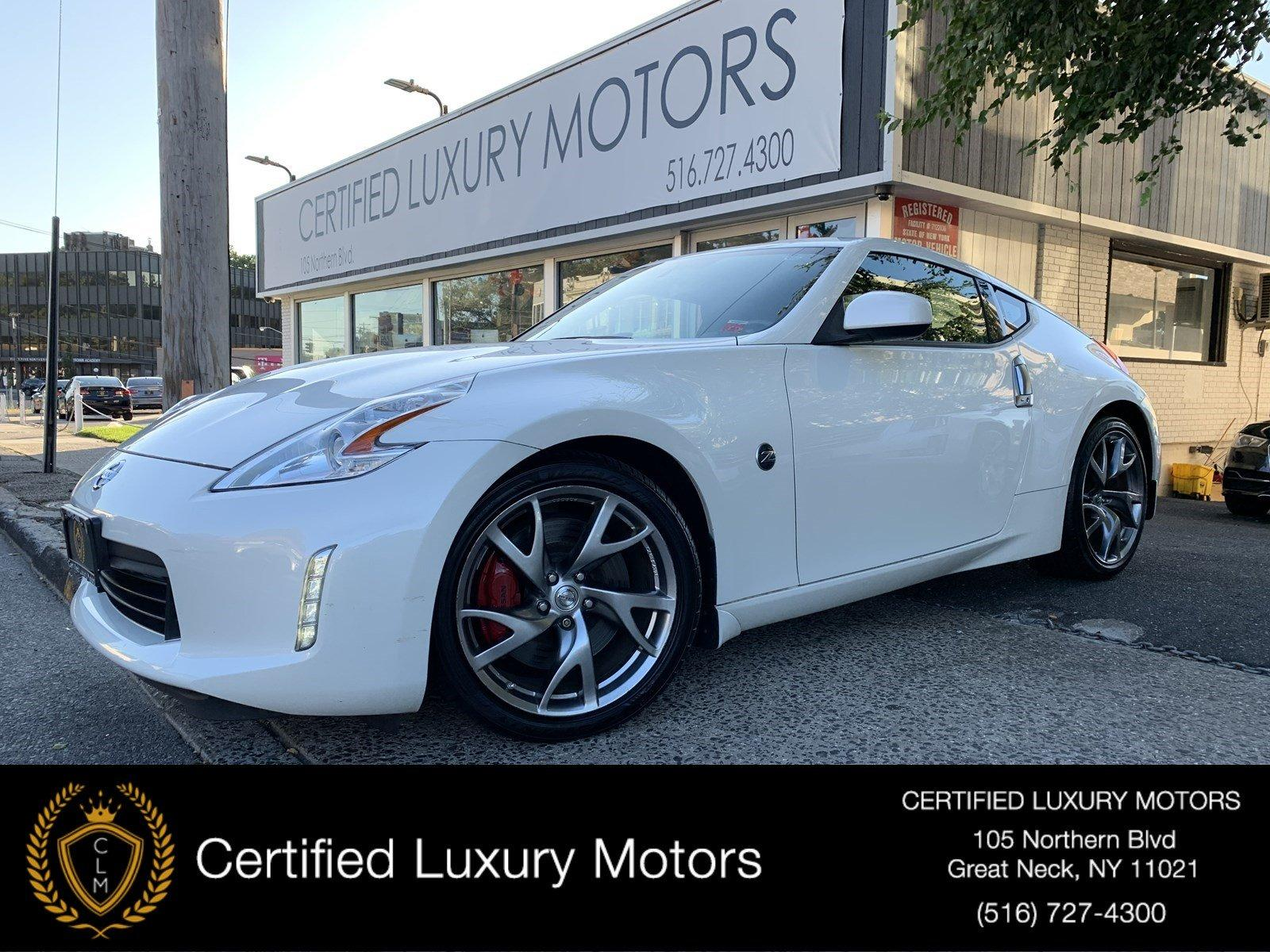 Used 2014 Nissan 370Z  | Great Neck, NY