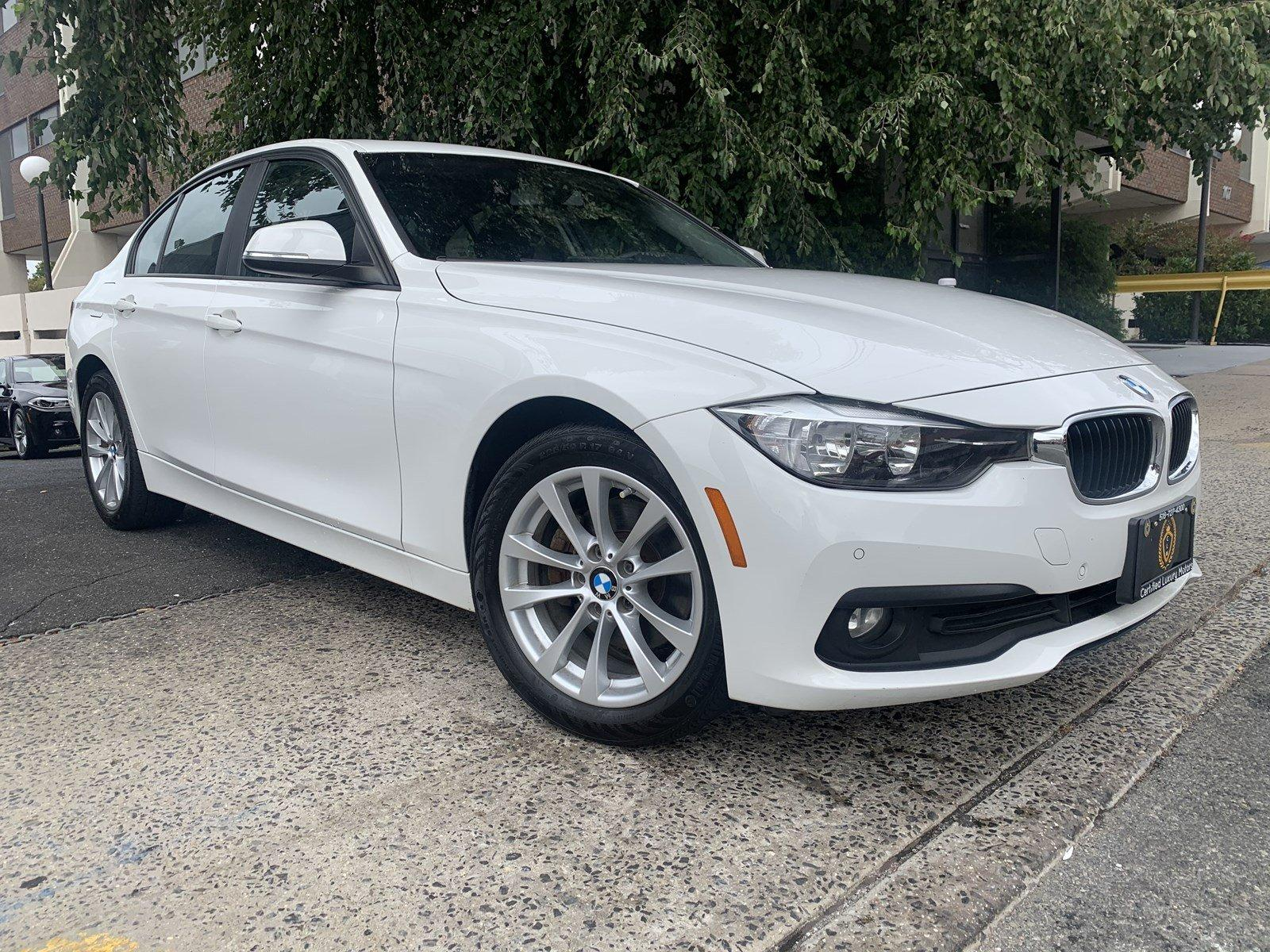 Used-2016-BMW-3-Series-320i-xDrive-(Navi,Backup-Cam)