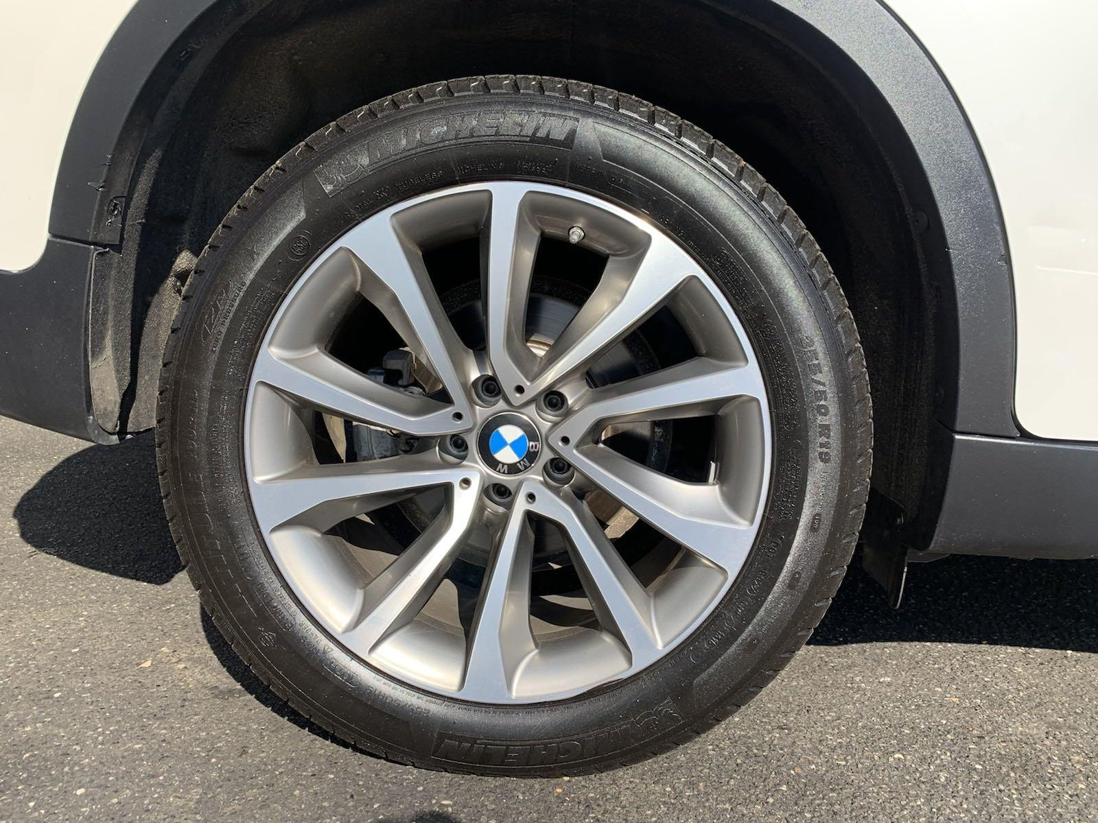 Used-2017-BMW-X6-xDrive35i-(Red-Interior)