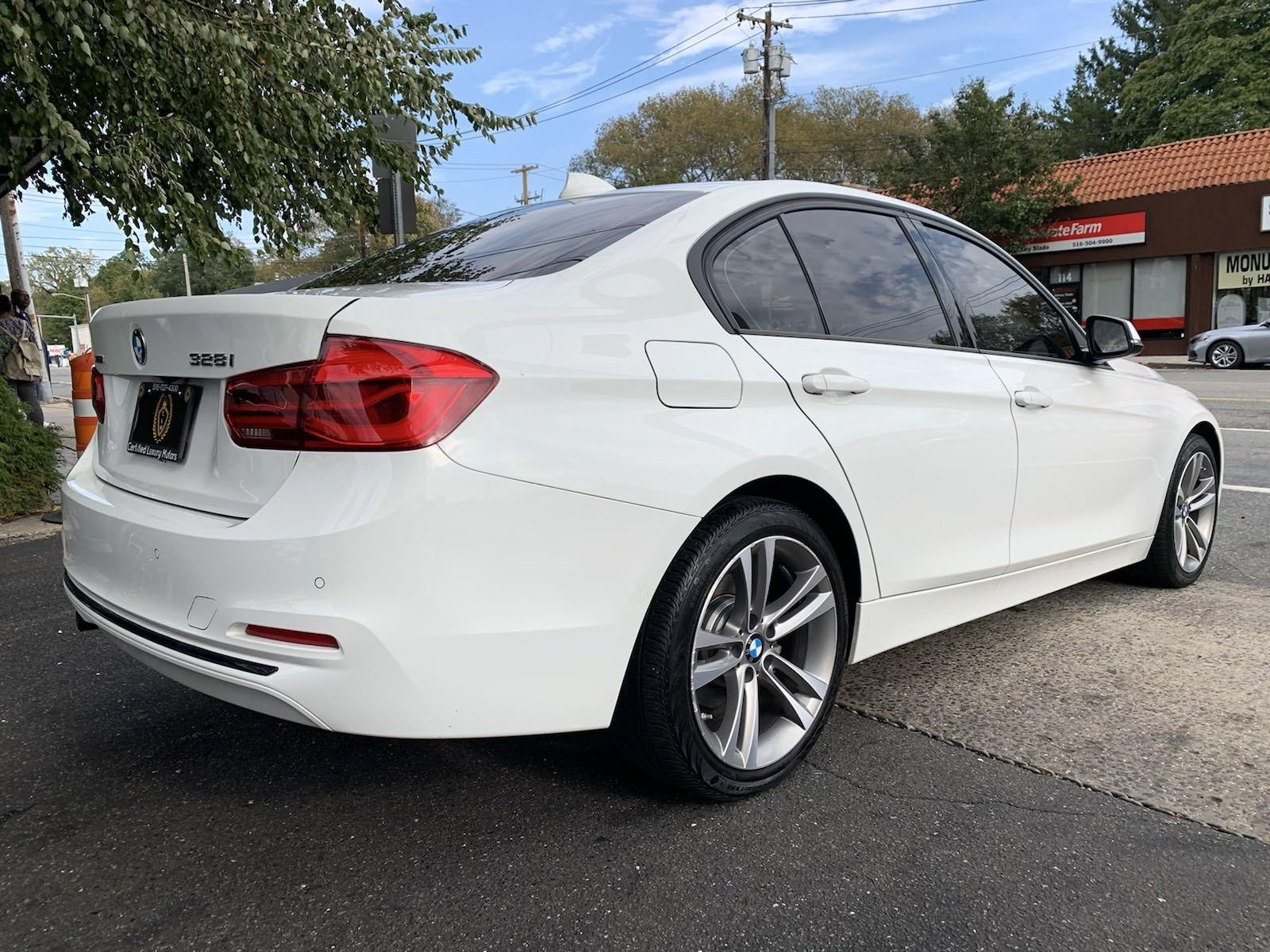 Used-2016-BMW-3-Series-328i-xDrive-(Navi,-Sports-Pkg)