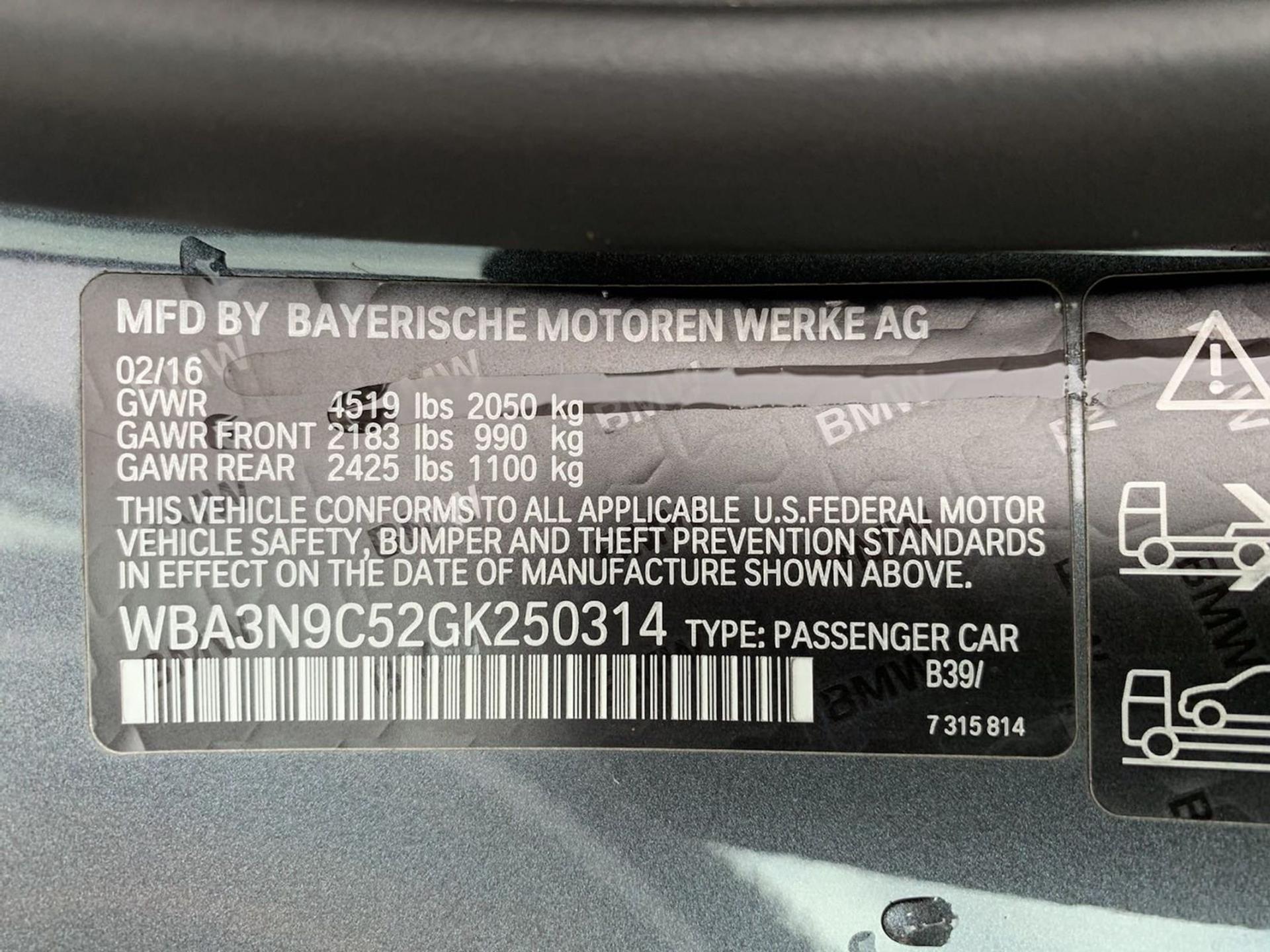 Used-2016-BMW-4-Series-428i-xDrive-(Navi,-Sports-Pkg)