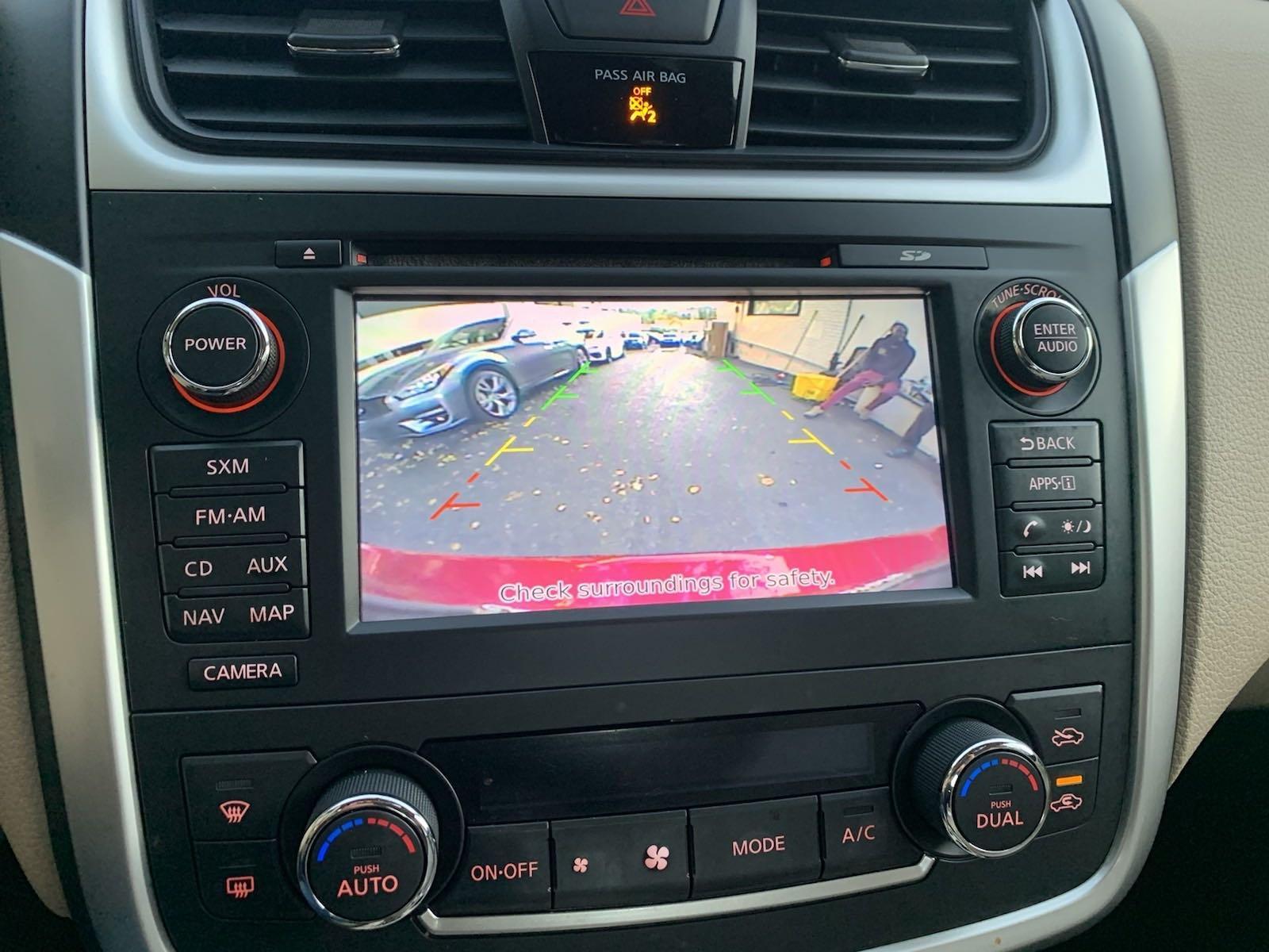 Used-2016-Nissan-Altima-25-SL