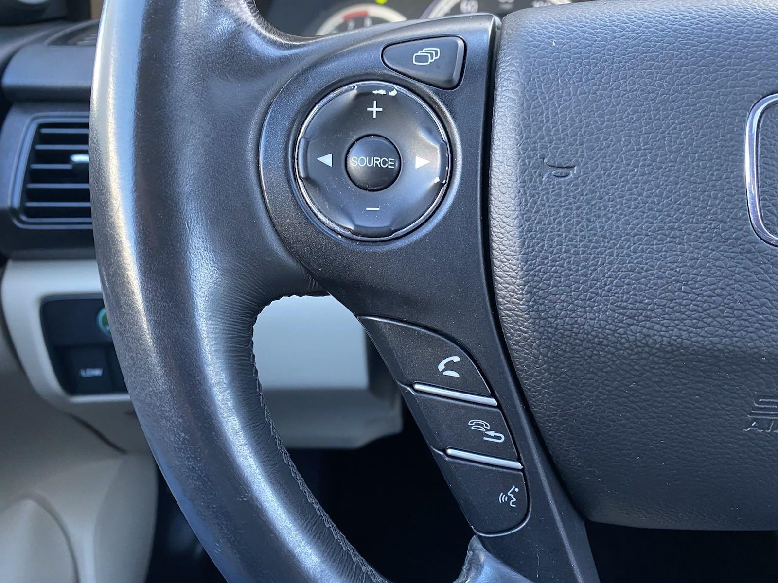Used-2014-Honda-Accord-Sedan-EX-L