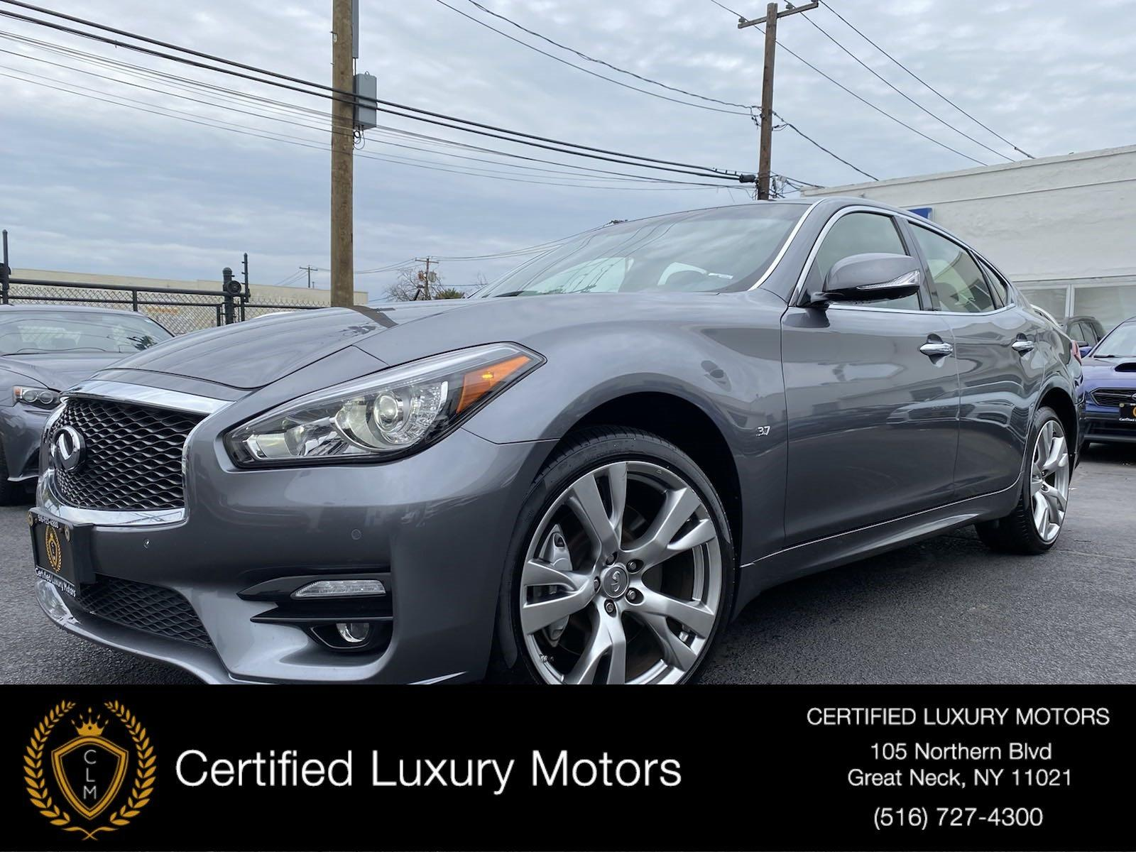 Used 2016 INFINITI Q70  | Great Neck, NY