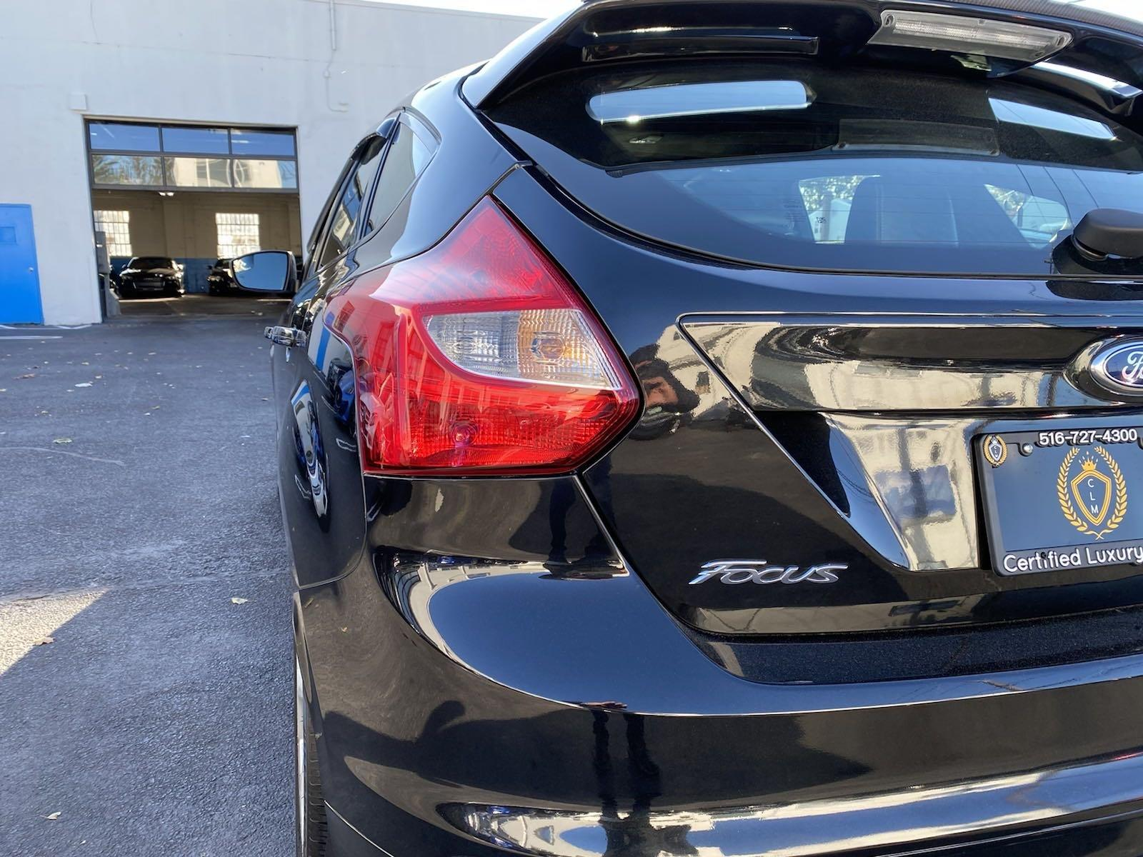 Used-2014-Ford-Focus-ST