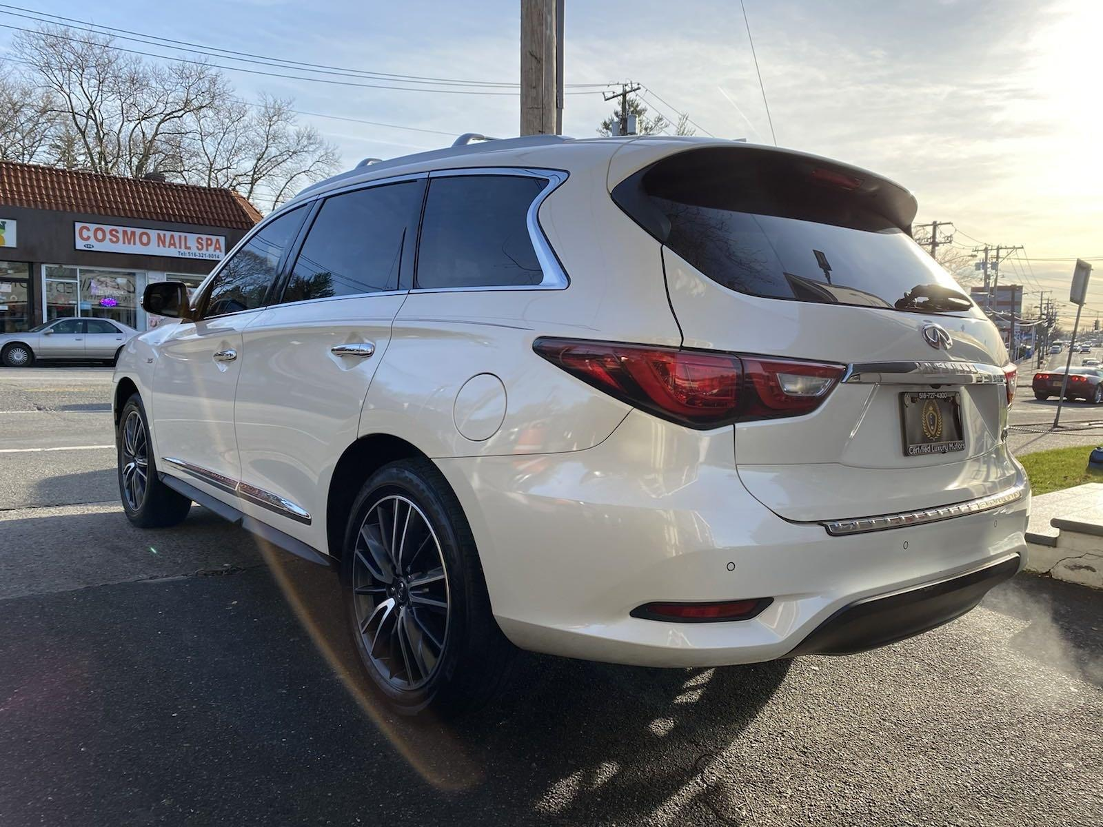 Used-2016-INFINITI-QX60-AWD-Entertainment-Pkg