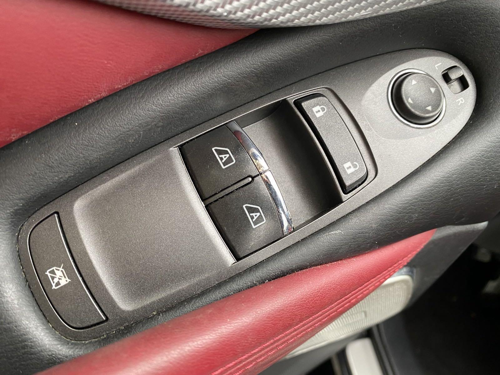 Used-2017-INFINITI-Q60-30T-Red-Sport-400
