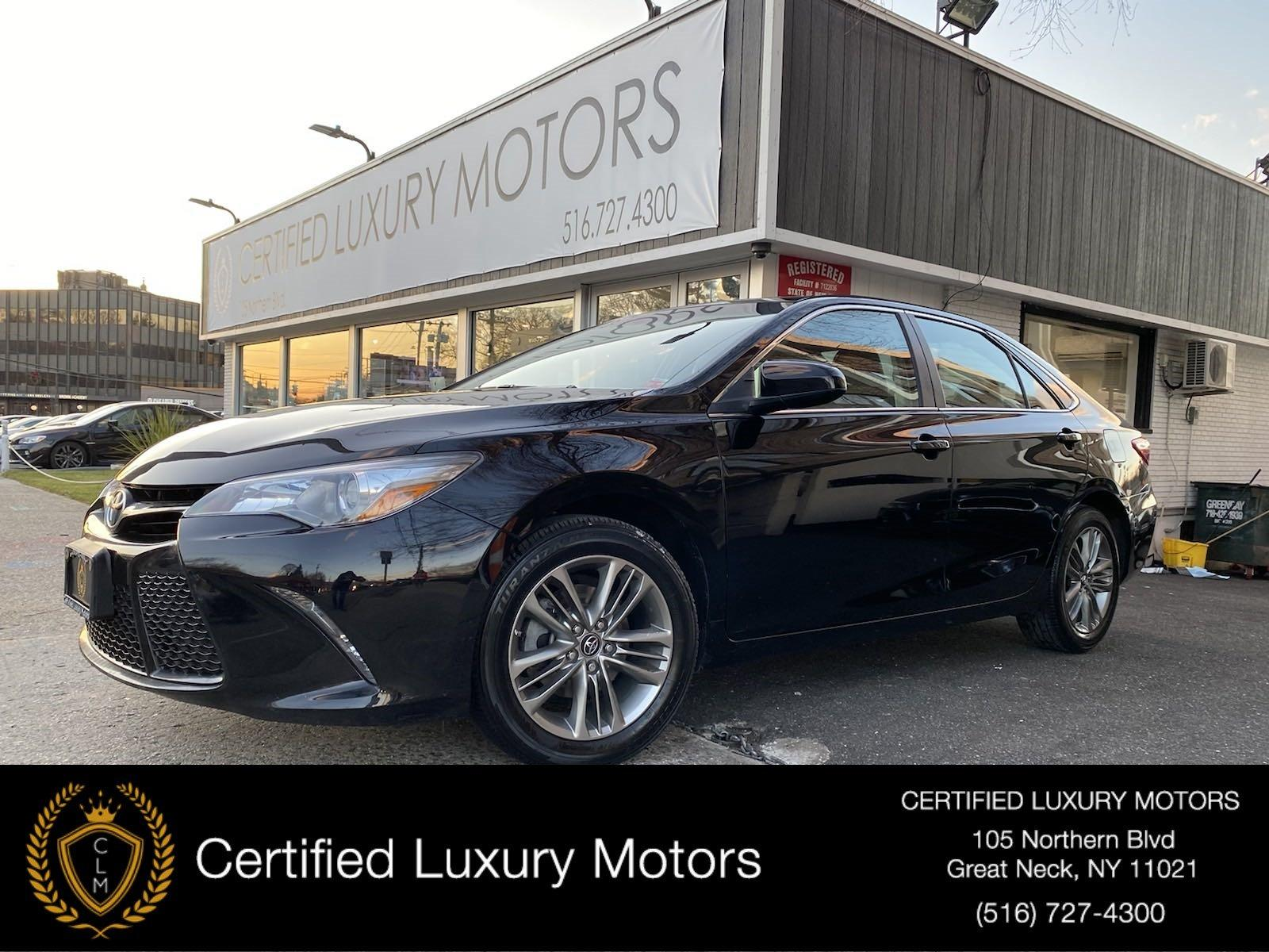 Used 2017 Toyota Camry  | Great Neck, NY