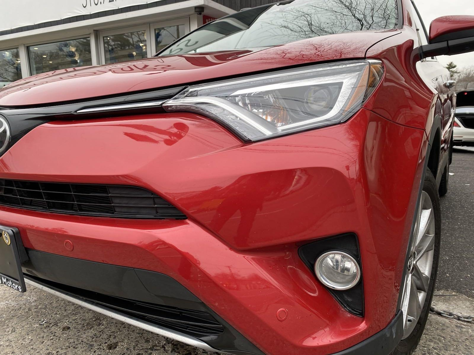 Used-2017-Toyota-RAV4-Limited
