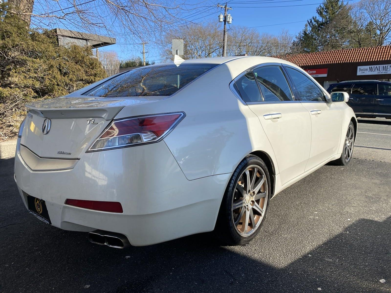 Used-2011-Acura-TL-Tech-Auto