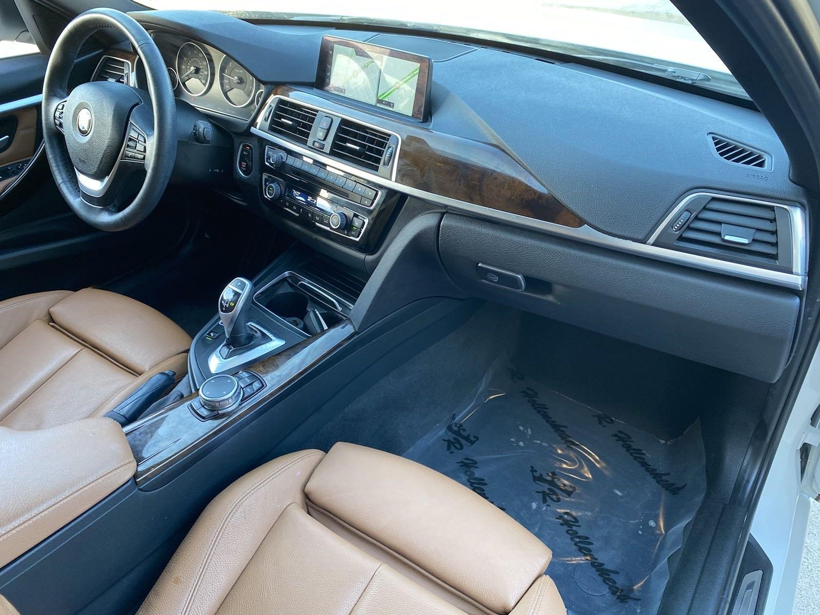 Used-2017-BMW-3-Series-330i-xDrive